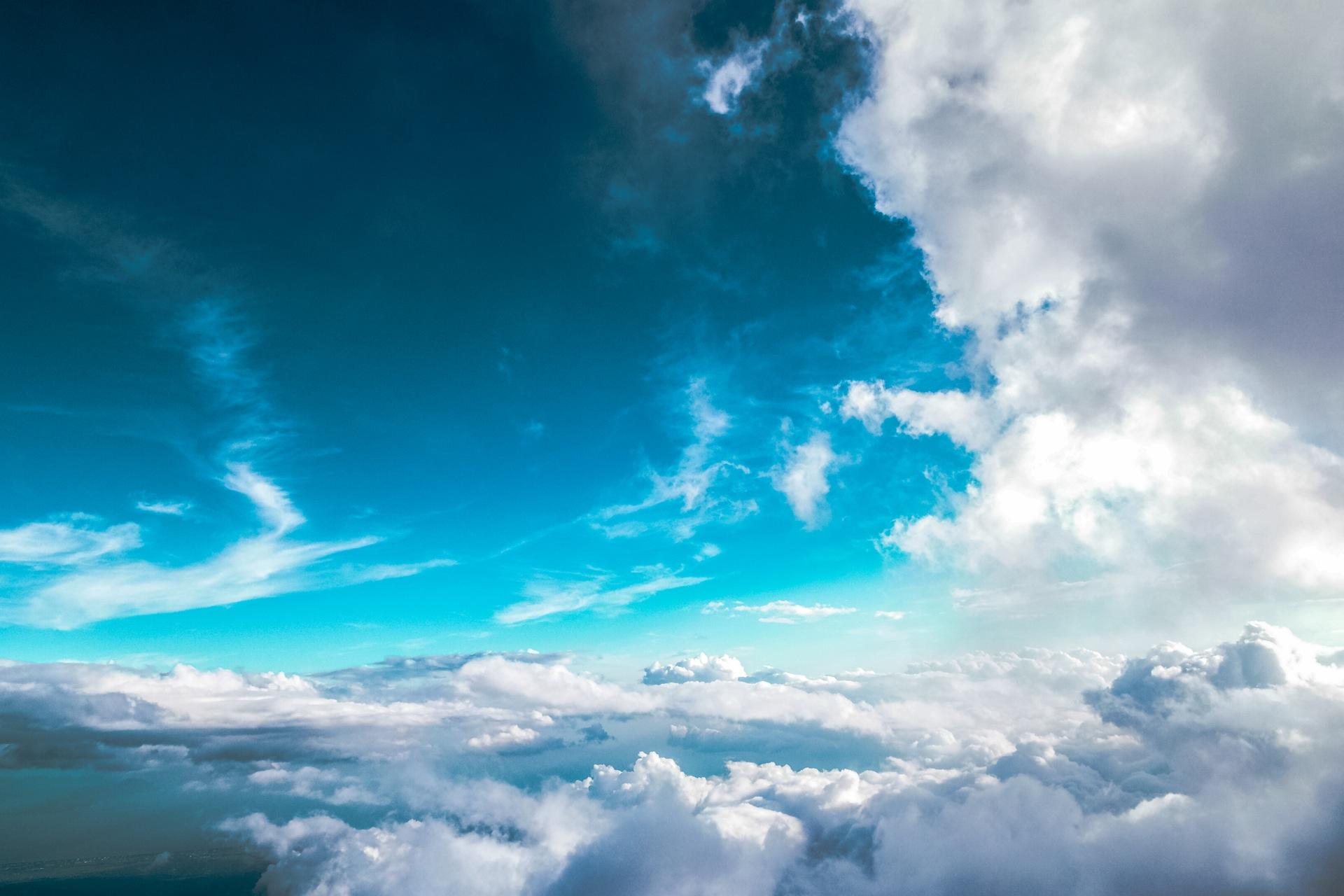 天空, 飞, 云彩, 蓝色, 放松, 和平, 宁静 - 高清壁纸 - 教授-falken.com