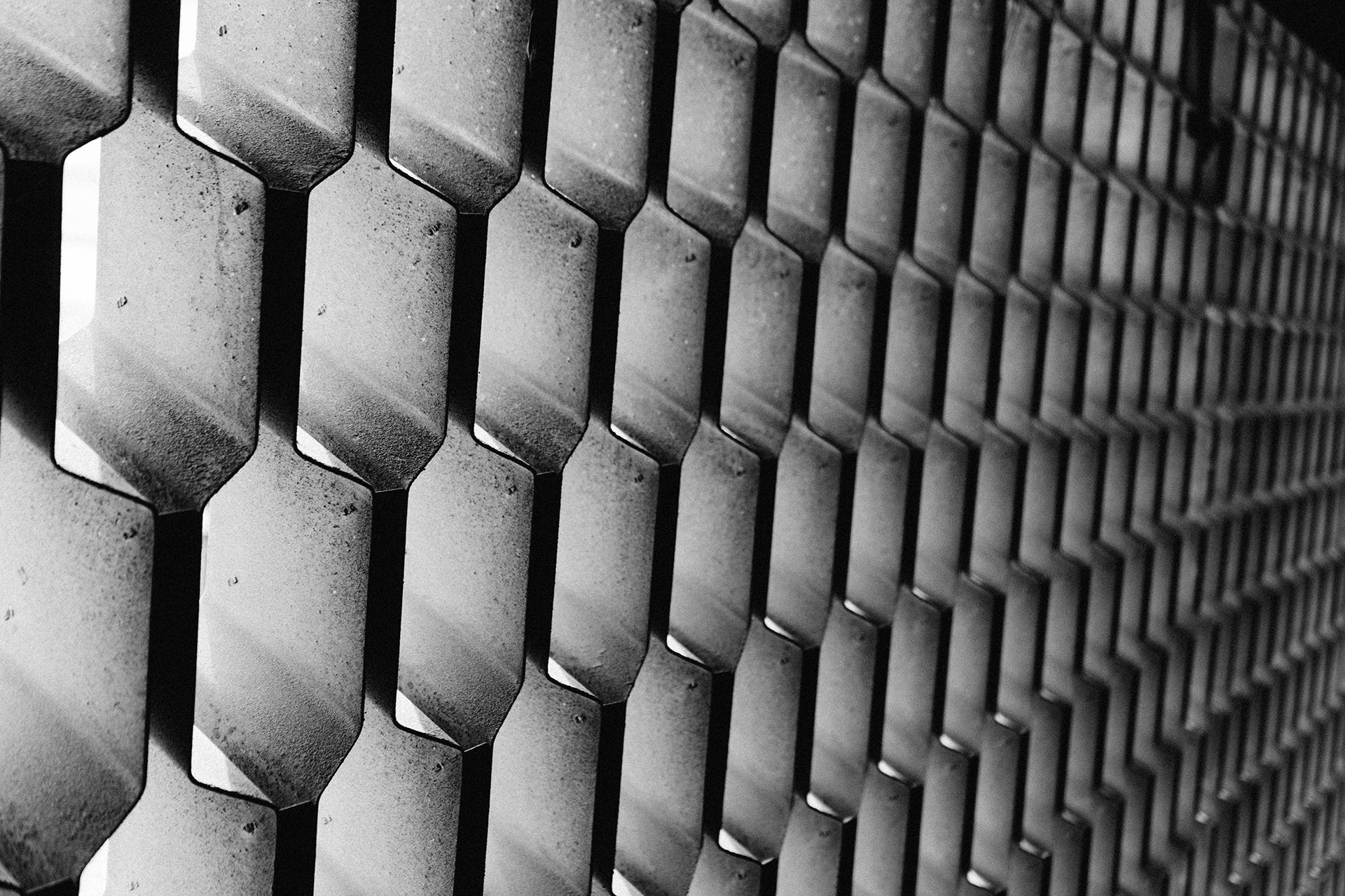 金属, 模式, 蜂巢, 孔, 在黑色和白色 - 高清壁纸 - 教授-falken.com