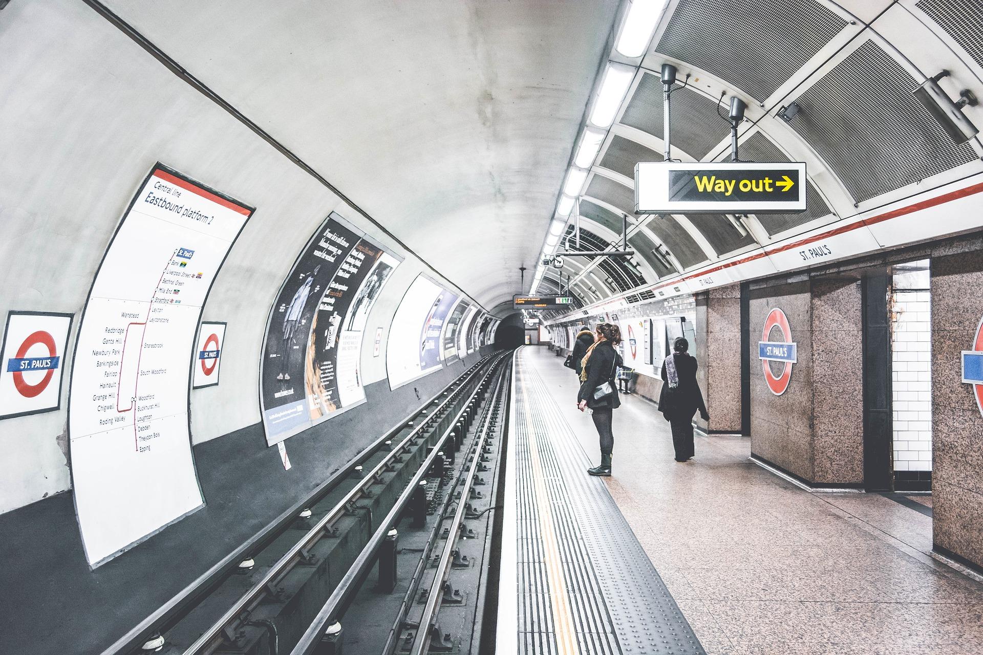 メトロ, ロンドン, 駅, イギリス, Anden, あなたを待ってください。 - HD の壁紙 - 教授-falken.com