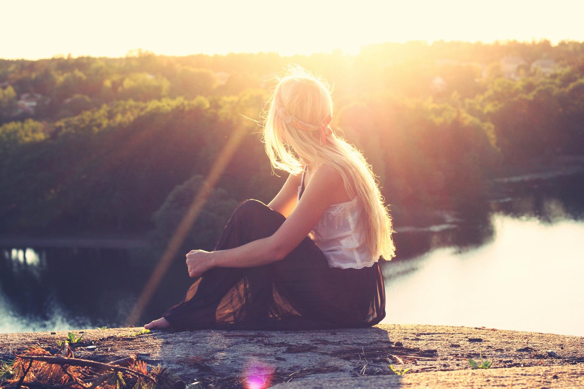 Наборы, женщина, блондинка, Река, Солнце, случайные - Обои HD - Профессор falken.com