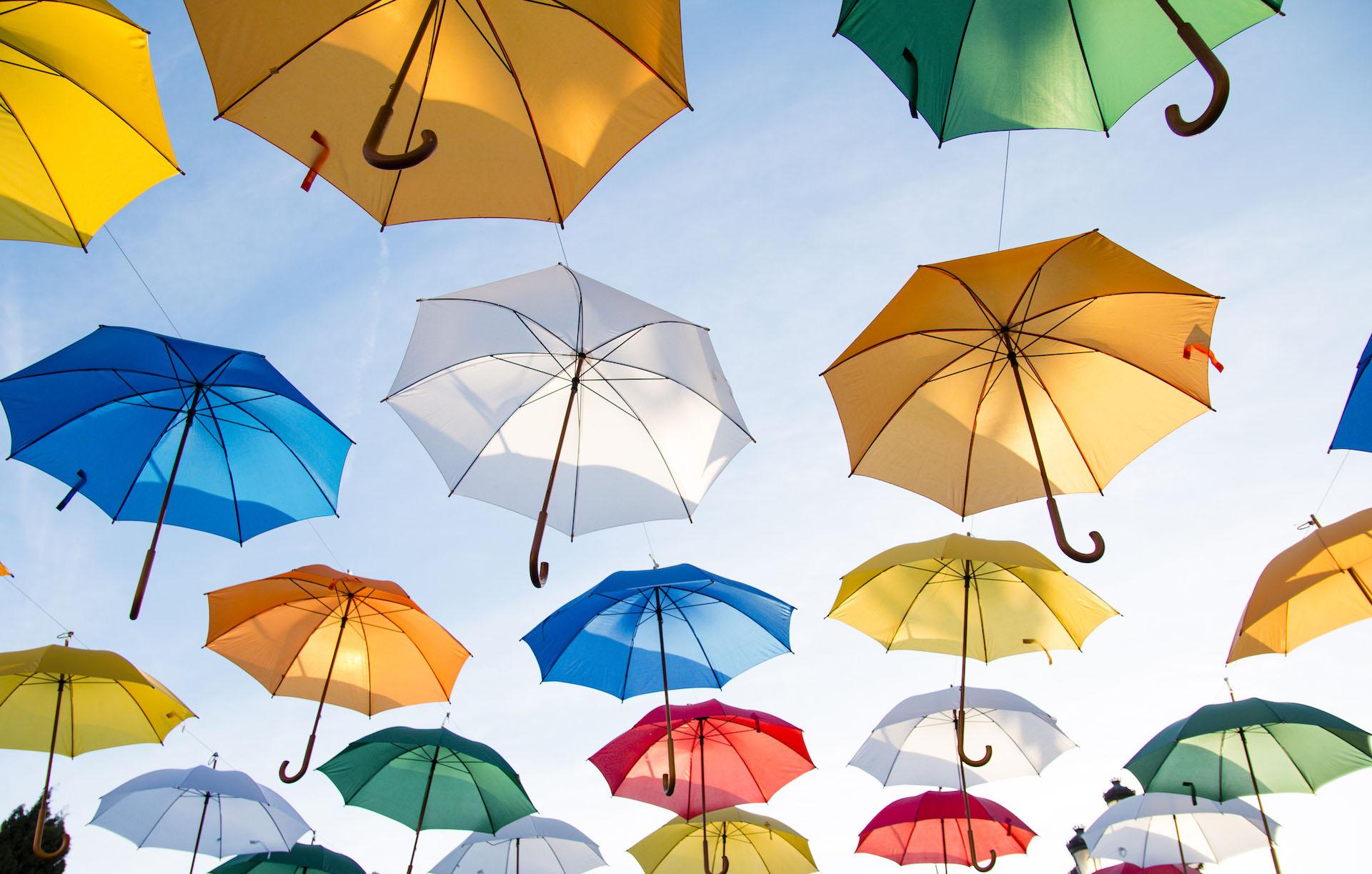 ομπρέλα, χρώματα, Ουρανός, μύγα, τέχνη - Wallpapers HD - Professor-falken.com