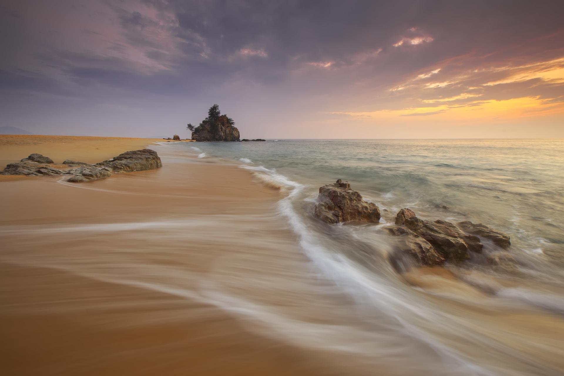 playa, rocas, arena, olas, kemasik, mar, atardecer - Fondos de Pantalla HD - professor-falken.com