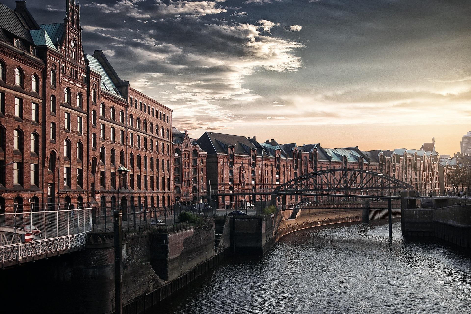 Stadt, Fluss, Brücke, Himmel, Hamburgo - Wallpaper HD - Prof.-falken.com