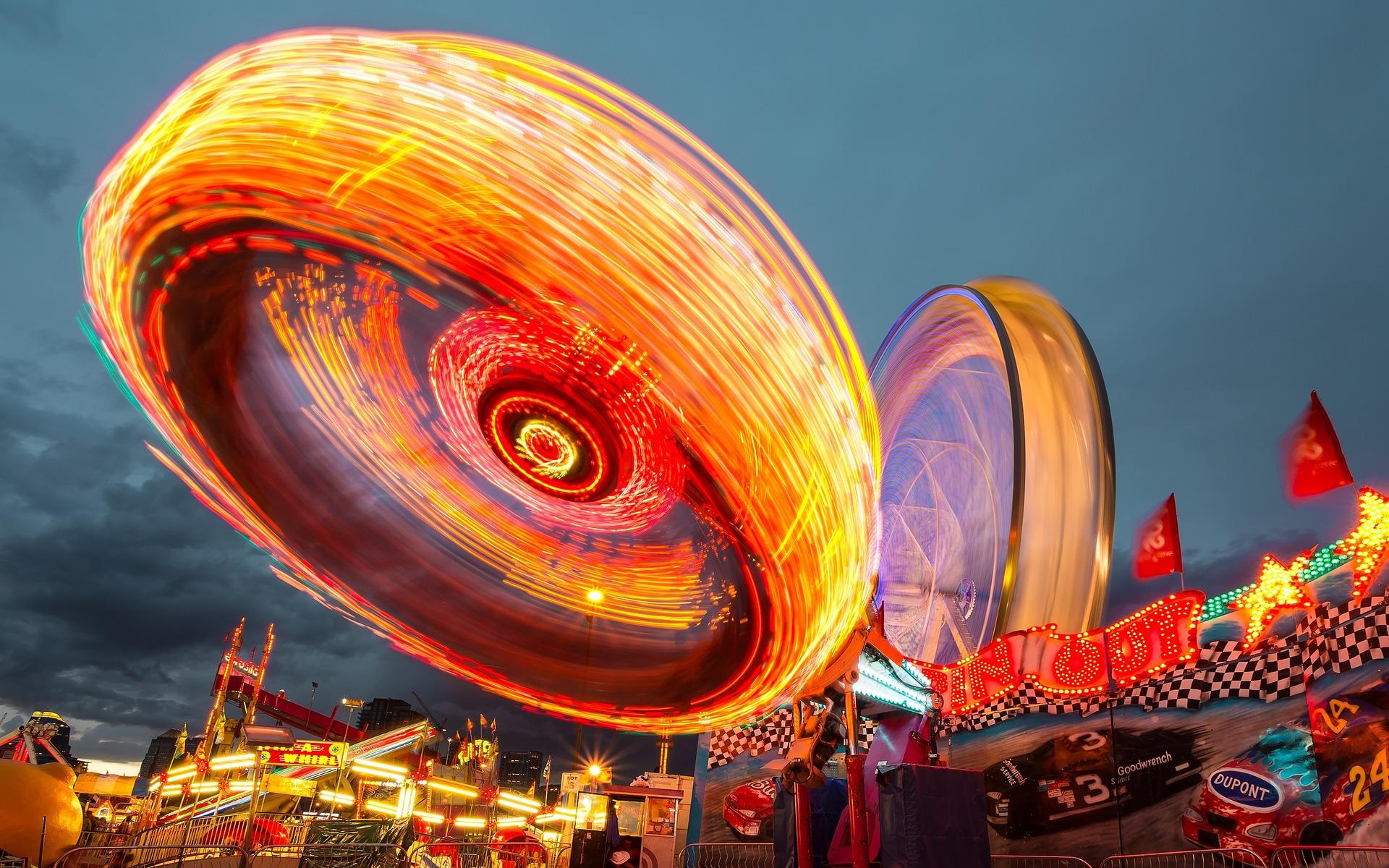 Parco di divertimenti, Rotella di Ferris, luci, divertimento, velocità, movimento - Sfondi HD - Professor-falken.com