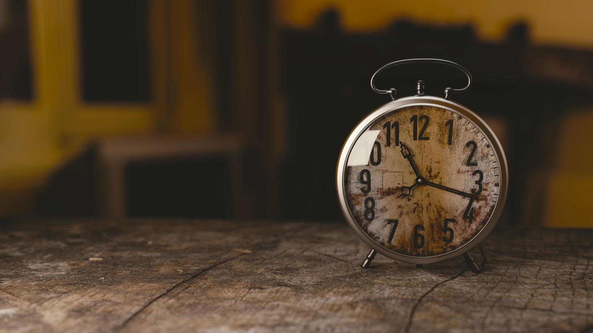reloj, despertador, времБудиЧасы�икarma, horas, Старый, Винтаж - Обои HD - Профессор falken.com