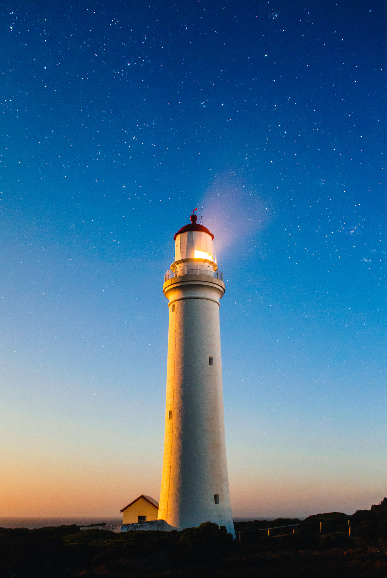 Leuchtturm, Himmel, Nacht, Sterne, Licht - Wallpaper HD - Prof.-falken.com