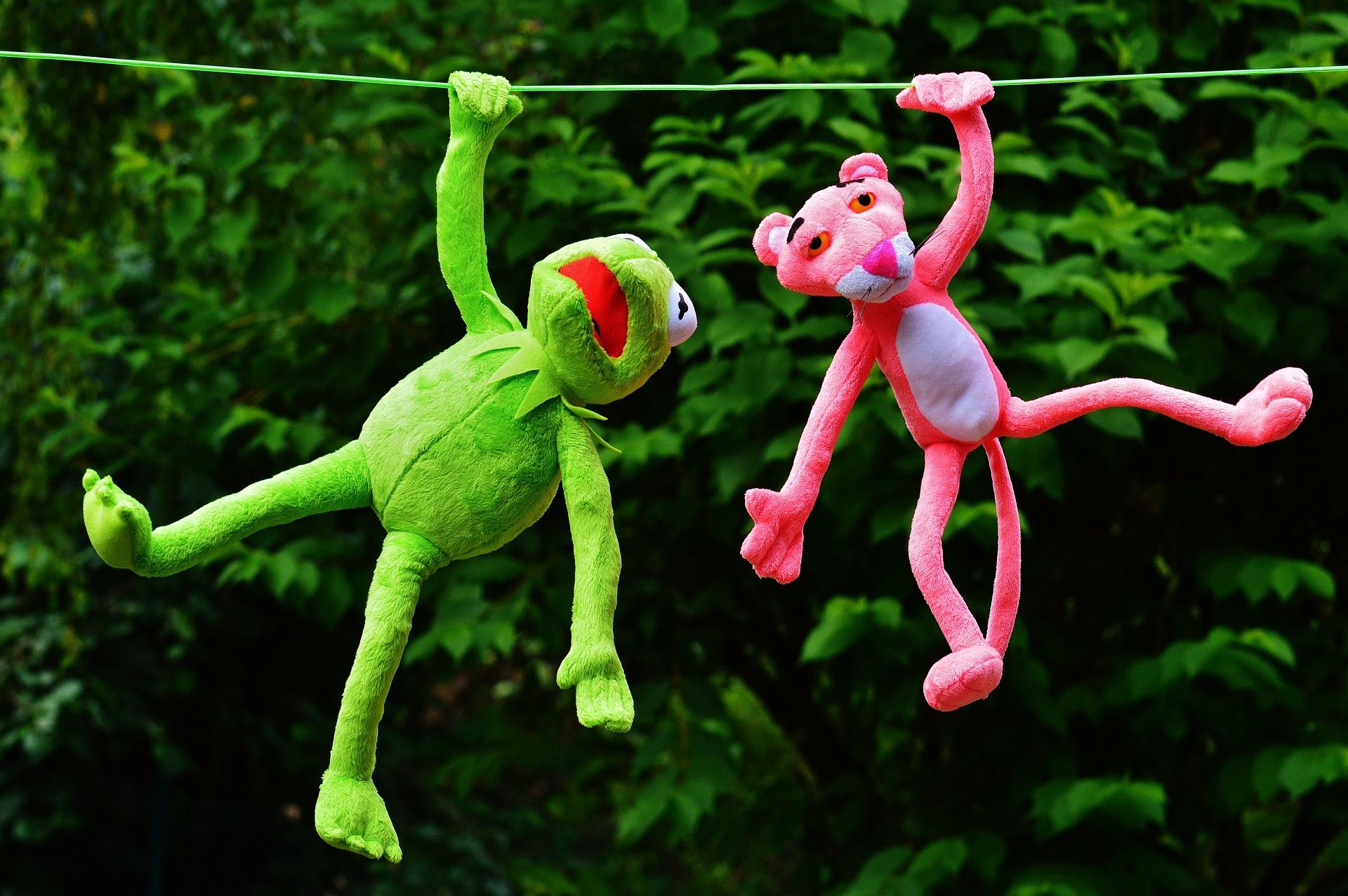 jouets, jouets en peluche, Gustavo, Panthère rose, Kermit, Accroché - Fonds d'écran HD - Professor-falken.com