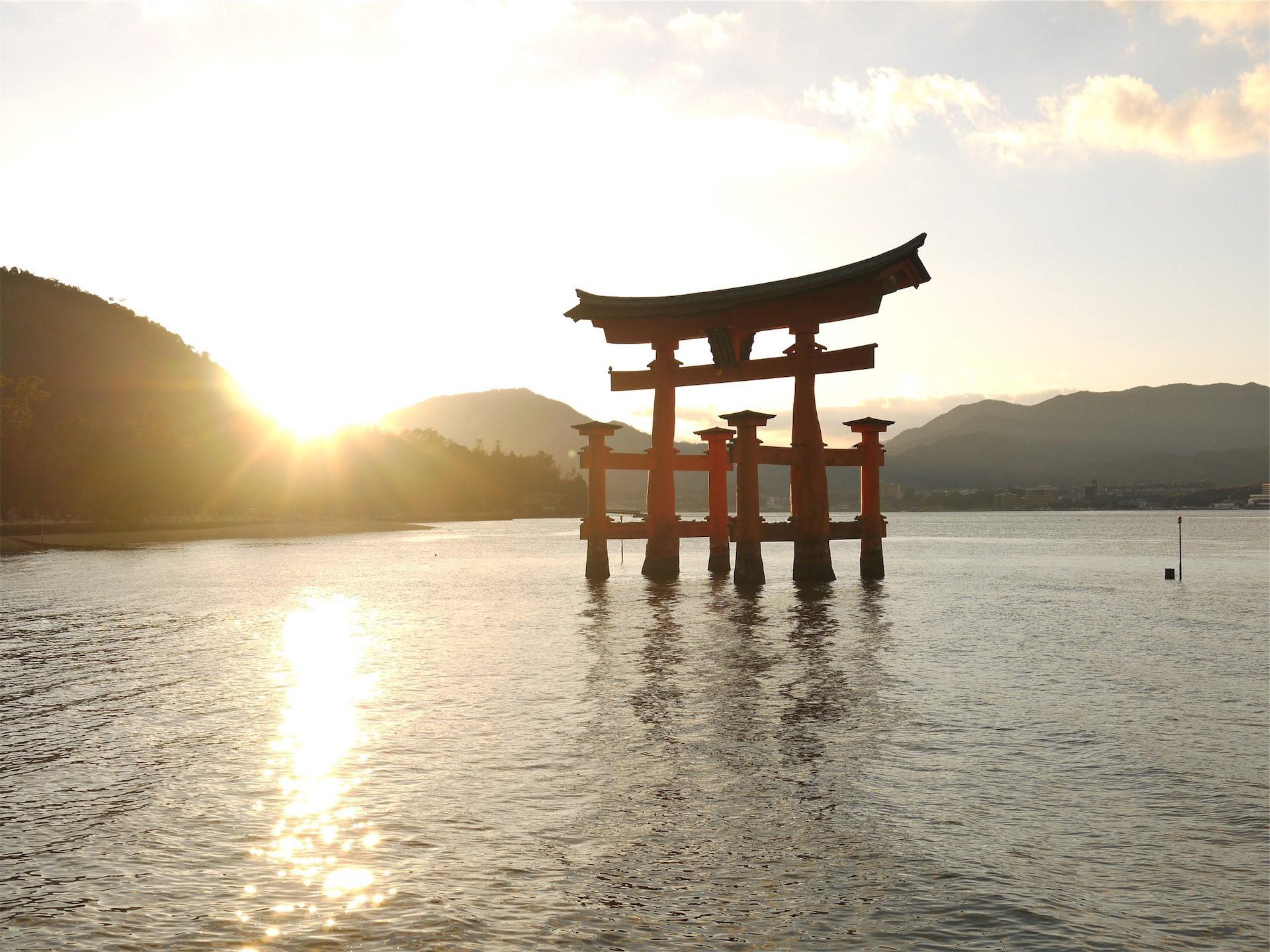 湖, 雕塑, japón, 太阳, naciente - 高清壁纸 - 教授-falken.com