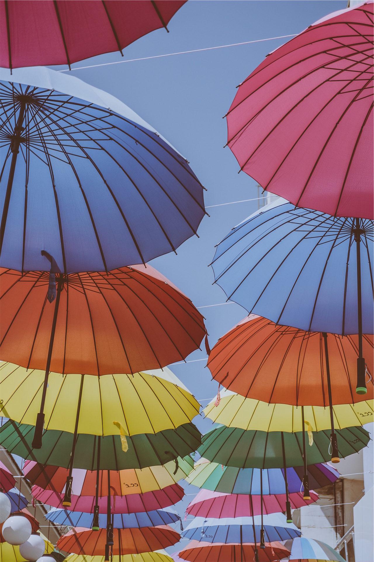 guarda-chuva, colorido, voando, Pendurado, ornamentos - Papéis de parede HD - Professor-falken.com
