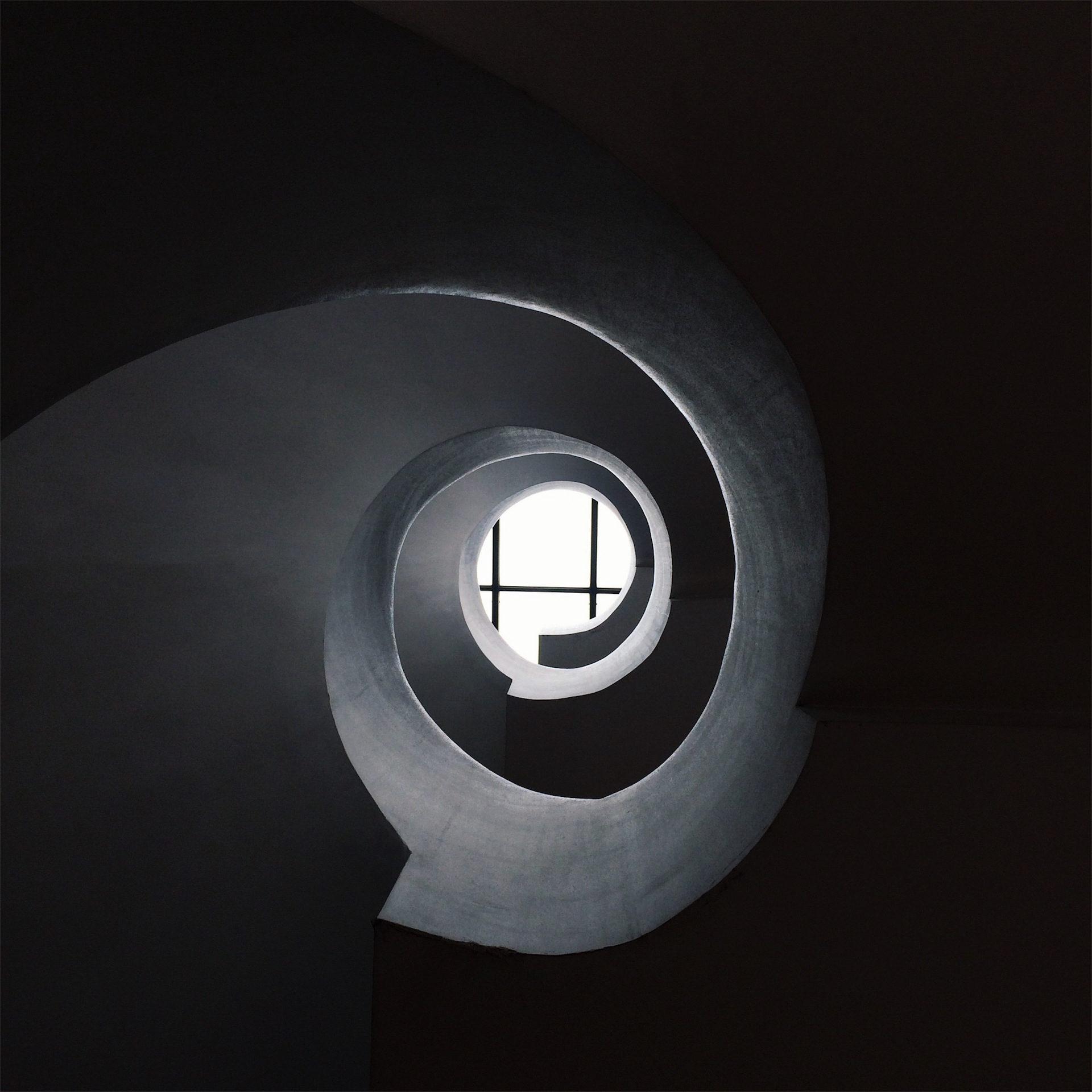 tunel, luz, oscuridad, rejas, pintura, 1609272043