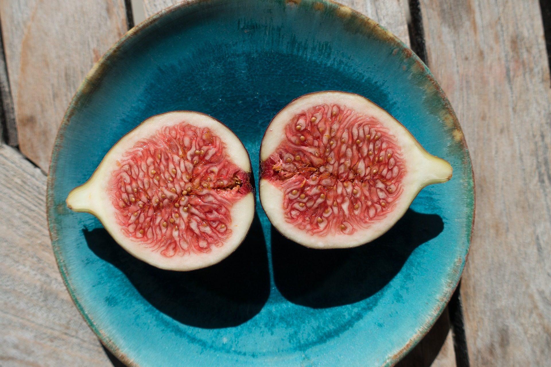 higo, fruta, plato, madera, turquesa - Fondos de Pantalla HD - professor-falken.com