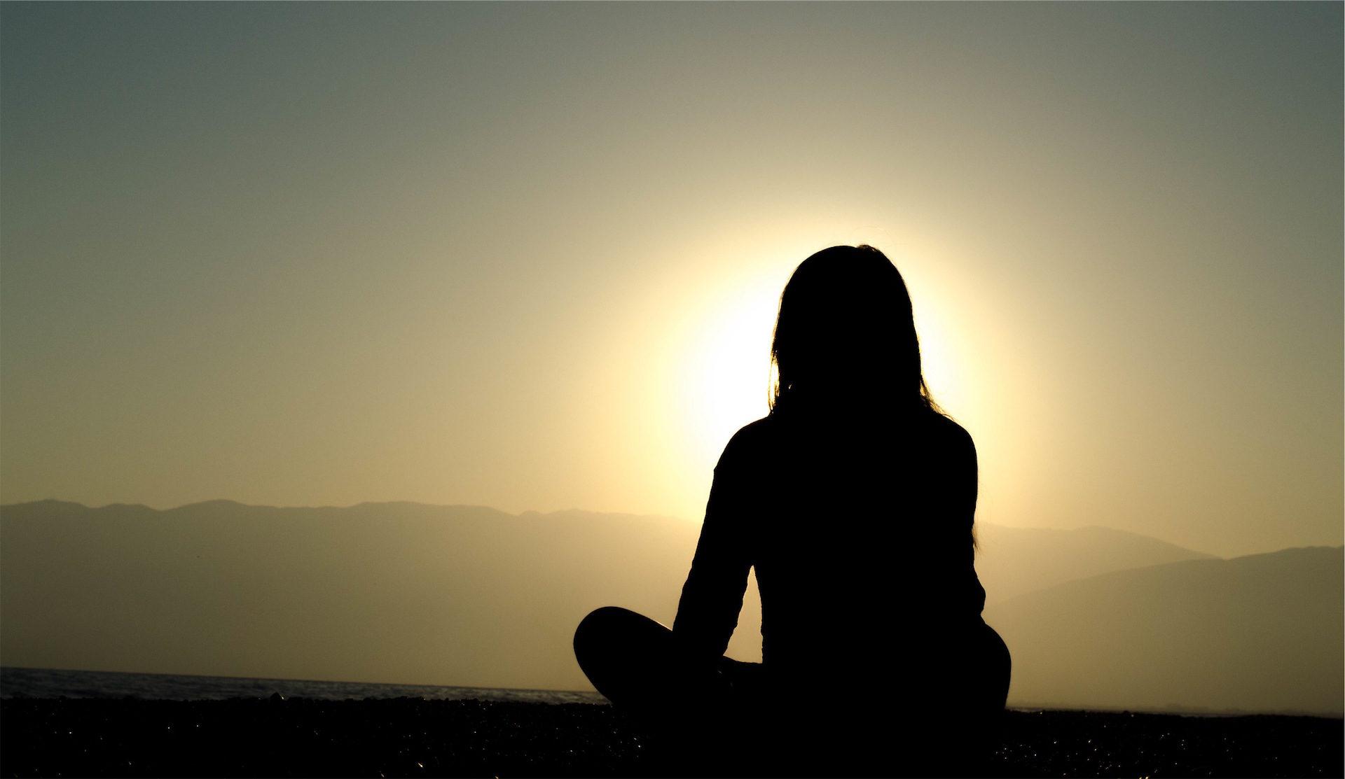 Frau, Meditation, Yoga, Sonne, Nirvana - Wallpaper HD - Prof.-falken.com