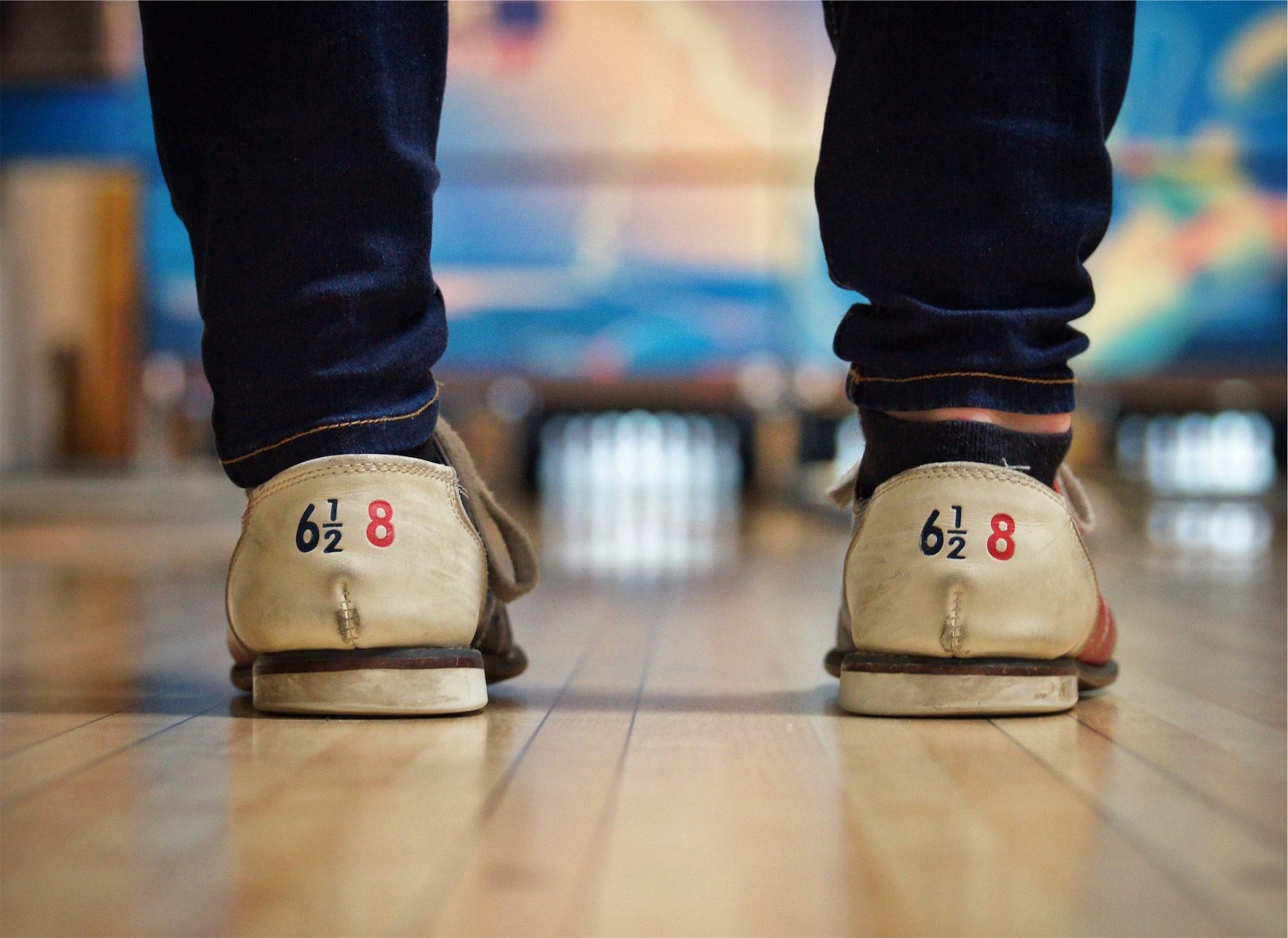 scarpe, pista da bowling, Bowling, gioco, gambe - Sfondi HD - Professor-falken.com