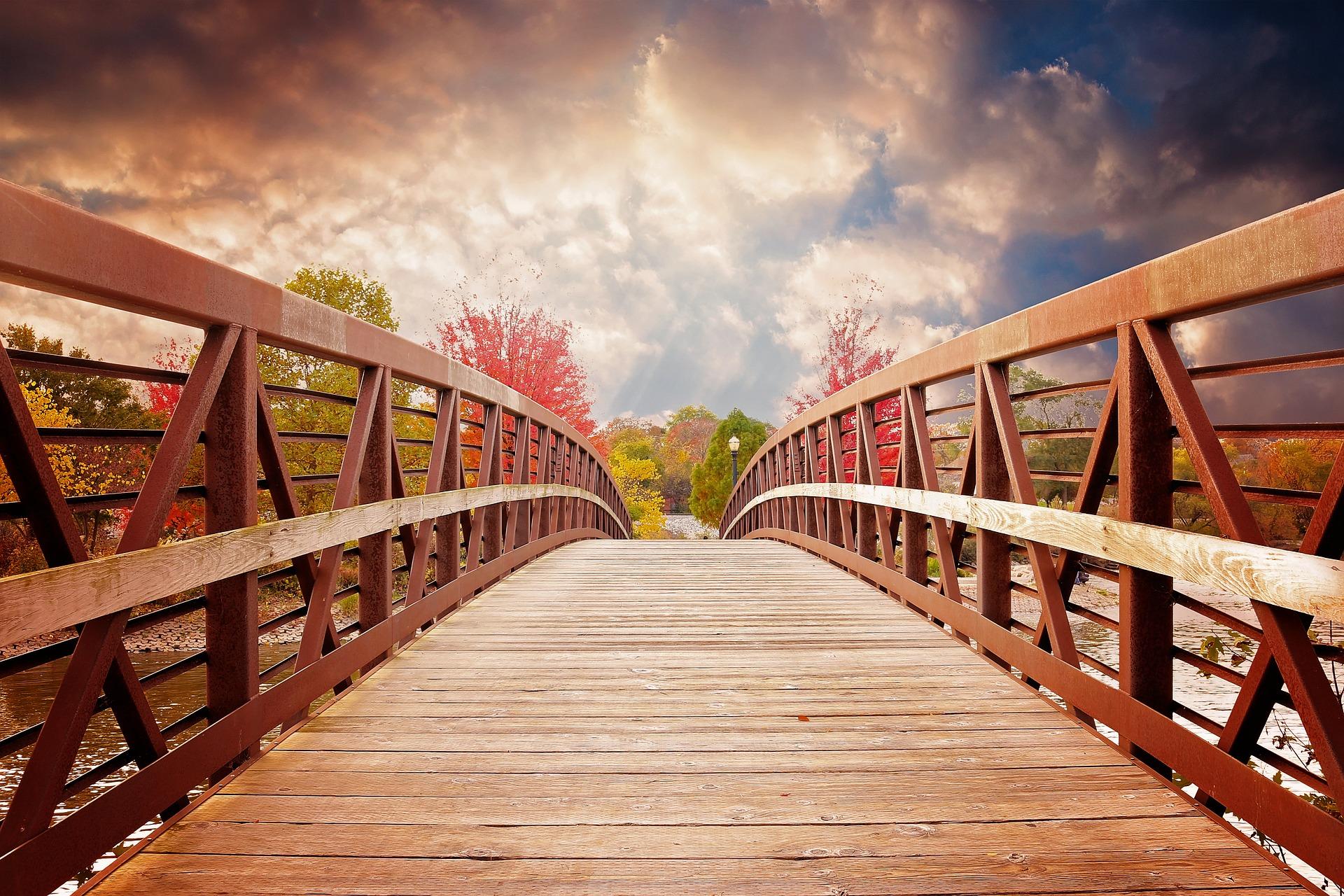 جسر, نهر, الخريف, غروب الشمس, السحب., puente de madera - خلفيات عالية الدقة - أستاذ falken.com