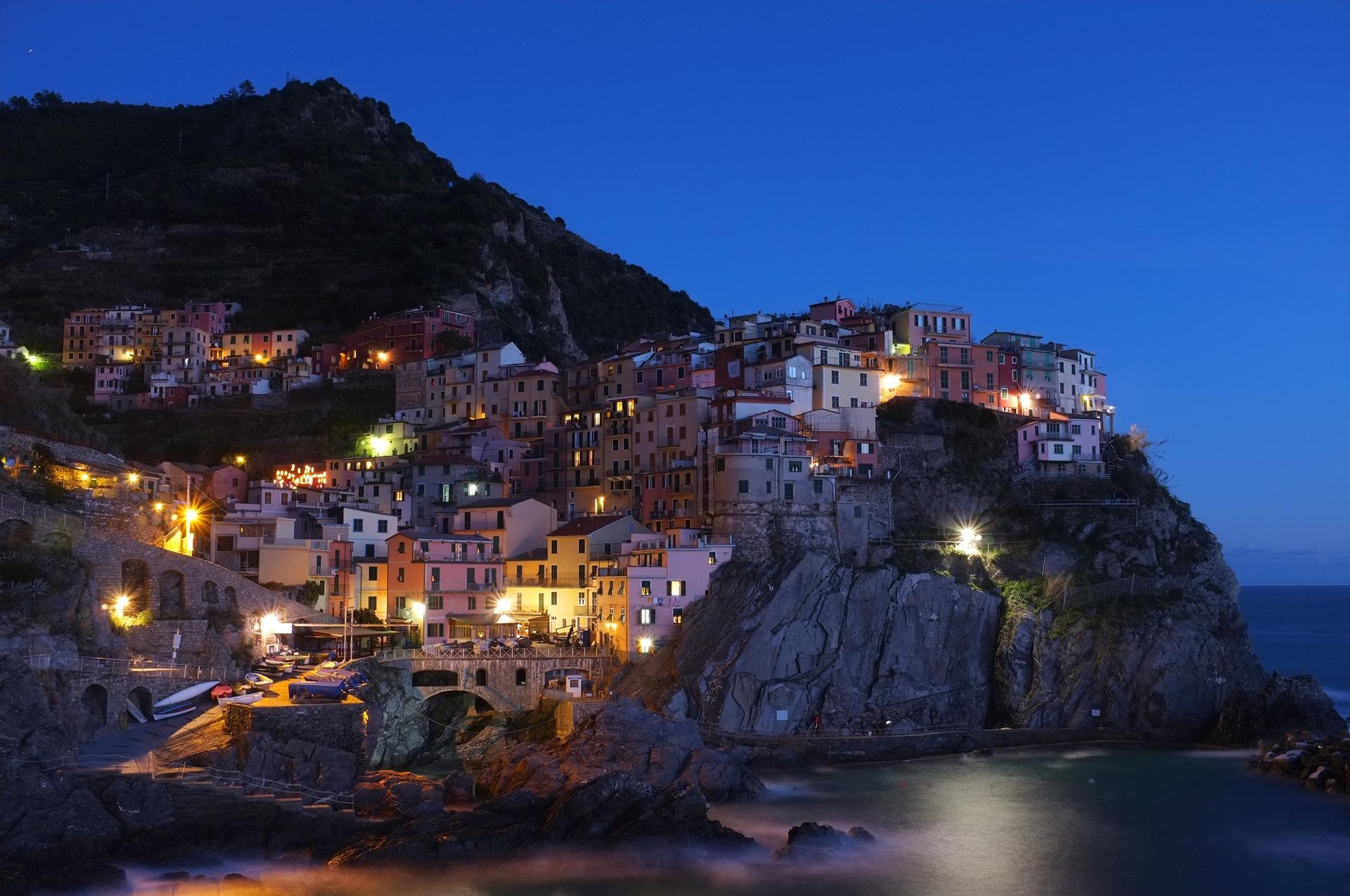 Μαναρόλα, σούρουπο, Κόστα, Θάλασσα, σπίτια, χωριό, ομορφιά, Μεσόγειο - Wallpapers HD - Professor-falken.com