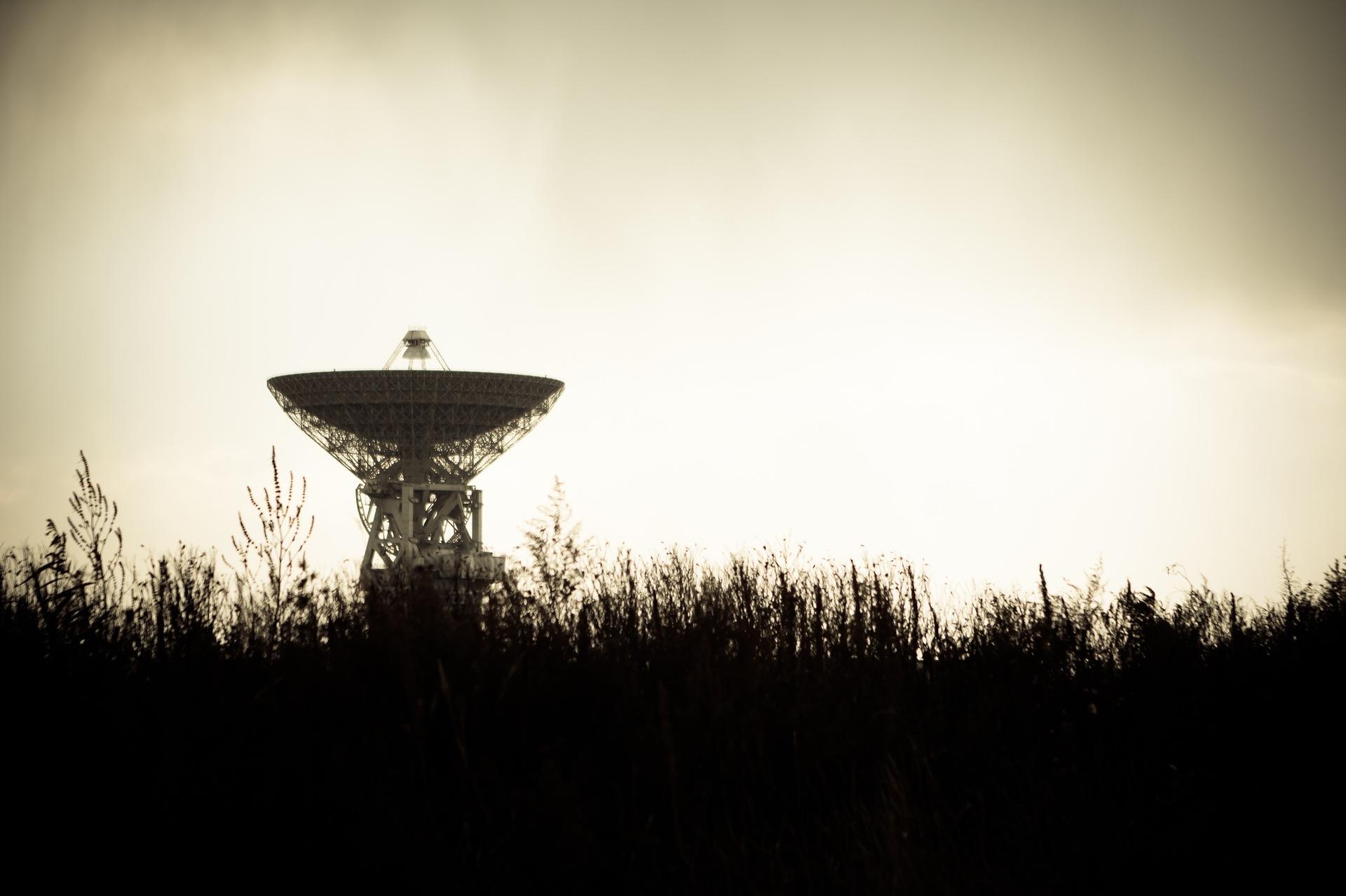 電波望遠鏡, 天文学, アンテナ, 天文台, 研究, 通信, 宇宙物理学, パラボラ アンテナ - HD の壁紙 - 教授-falken.com