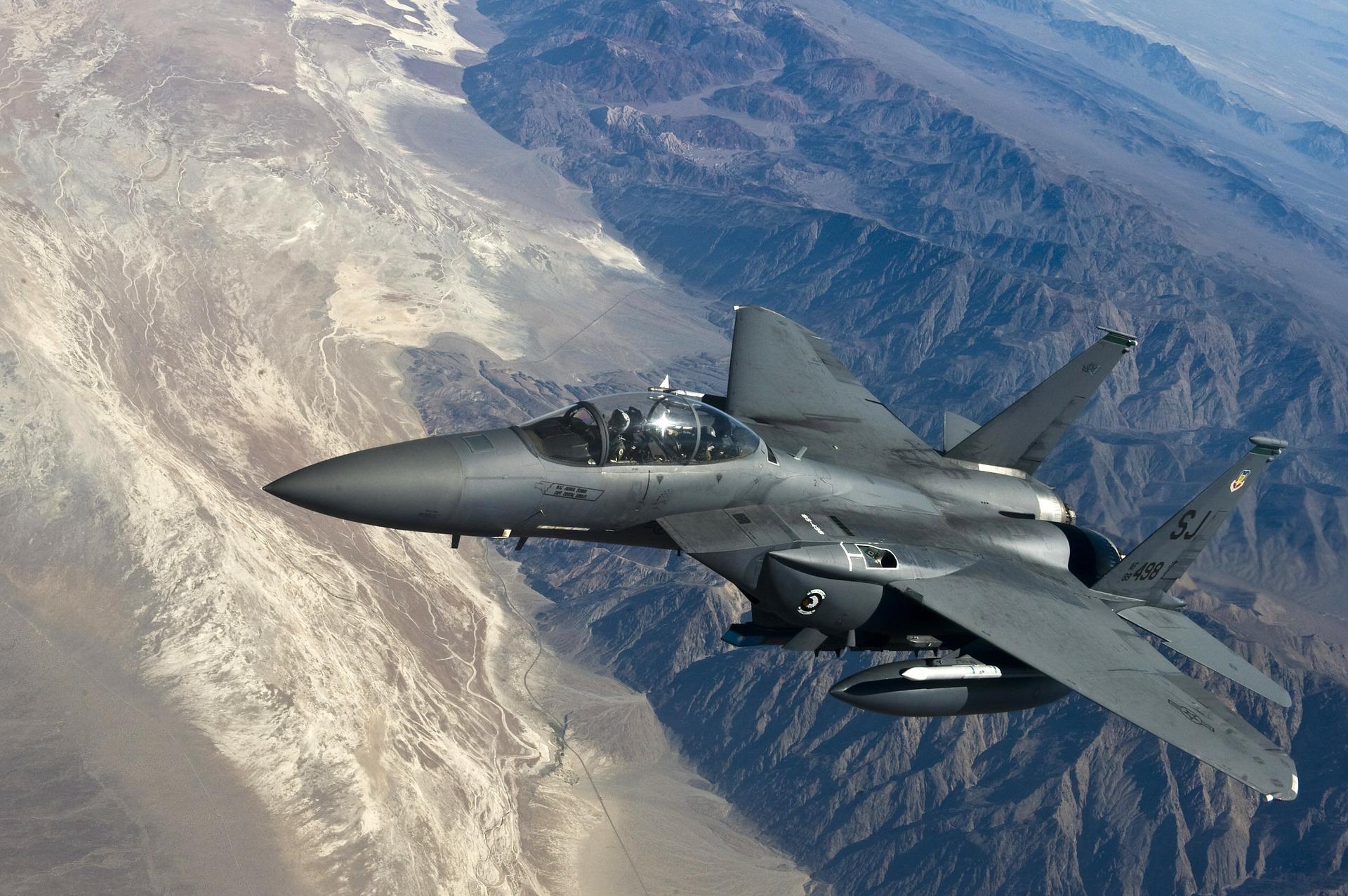 самолеты, Охота, бомбардировщик, Муха, пилот, кабина, скорость - Обои HD - Профессор falken.com