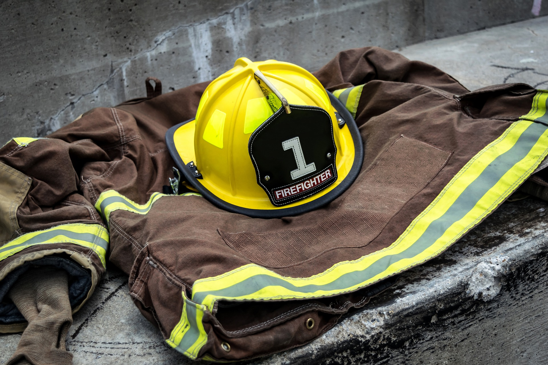 Pompier, vêtements, travail, Héros, des uniformes - Fonds d'écran HD - Professor-falken.com