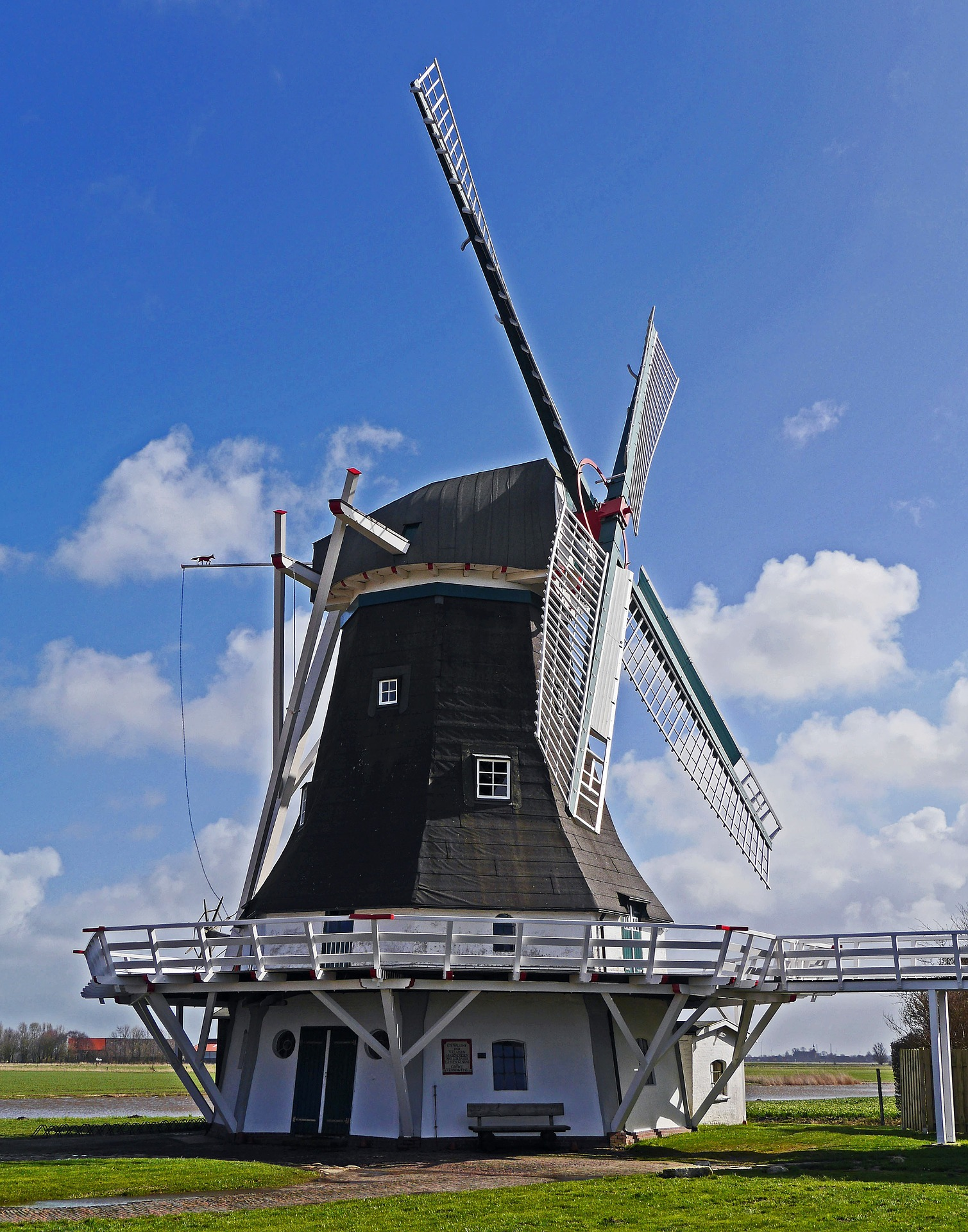 Mühle, Wind, Ostfriesland, Himmel, Wolken - screen HD Wallpaper - Prof.-falken.com