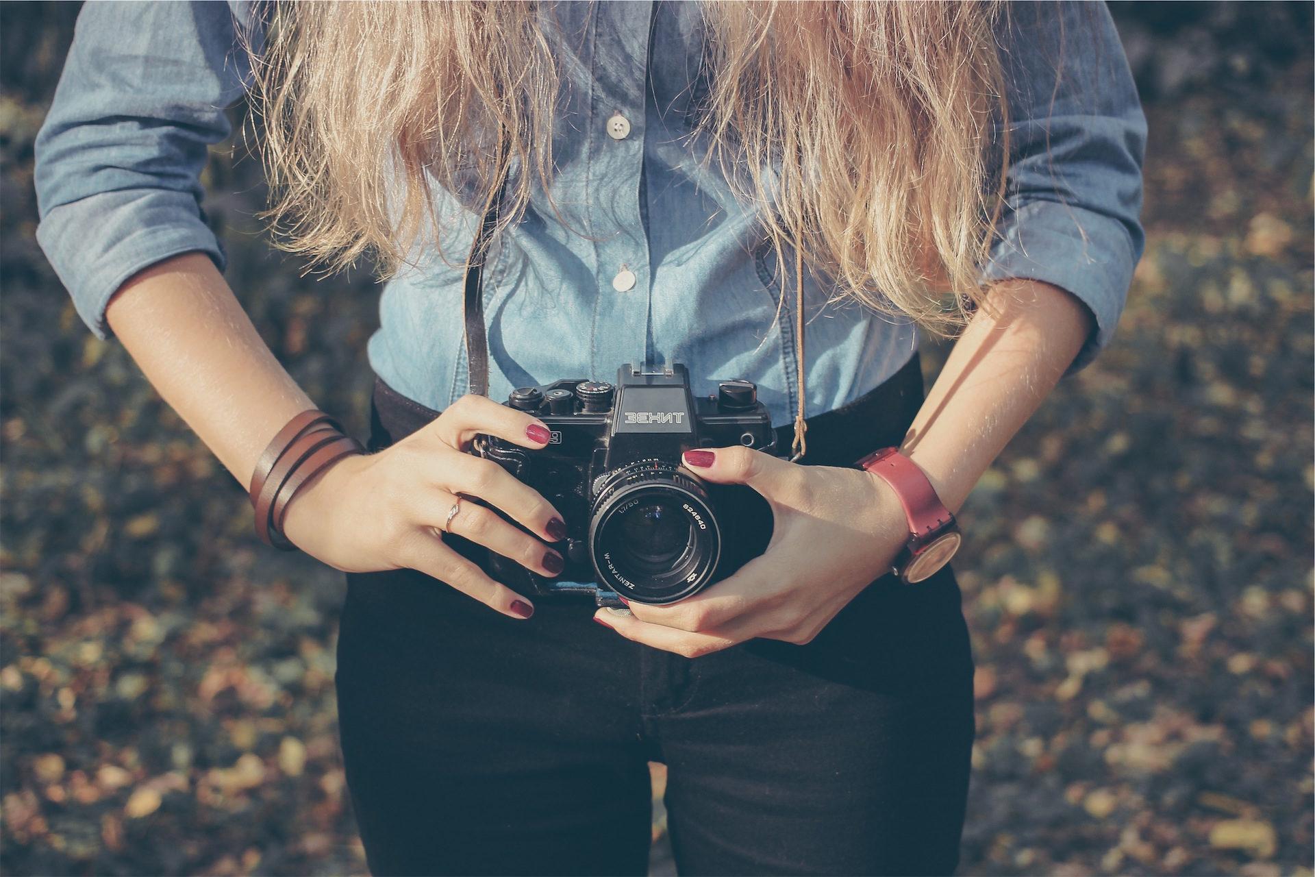 fotocamera, donna, capelli, mani, Orologio - Sfondi HD - Professor-falken.com