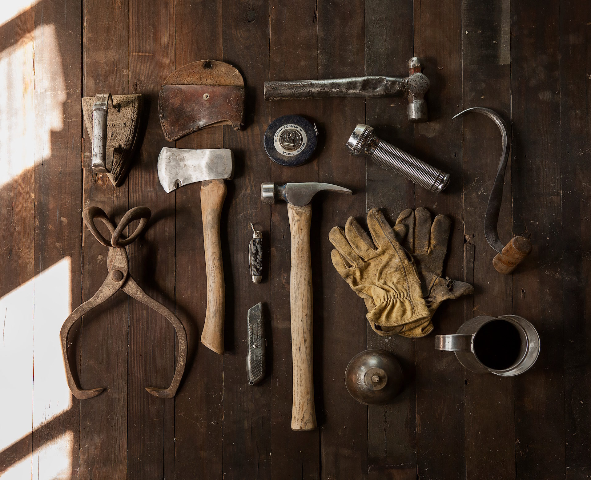 工具, 餐具, 手套, hacha, martillo - 高清壁纸 - 教授-falken.com