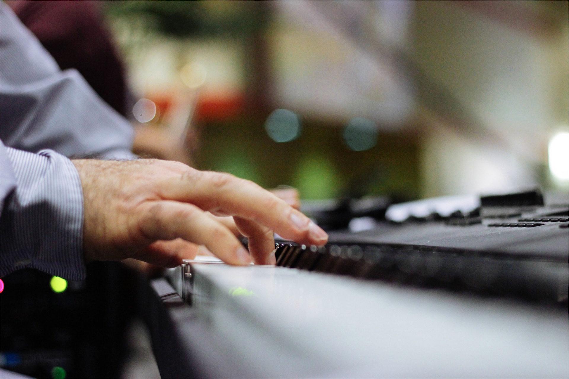 عازف البيانو, بيانو, لحن, أيدي, موسيقى - خلفيات عالية الدقة - أستاذ falken.com