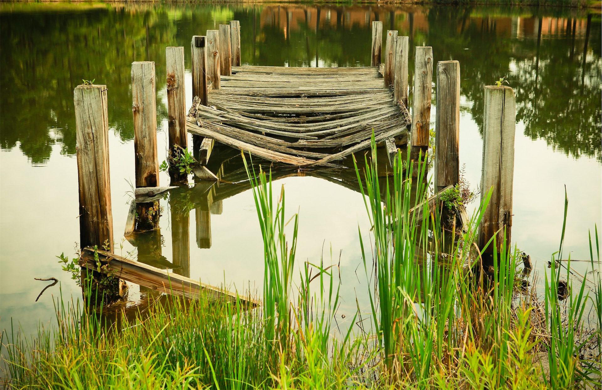 ブリッジ, 古い, 壊れた, 湖, 反射 - HD の壁紙 - 教授-falken.com