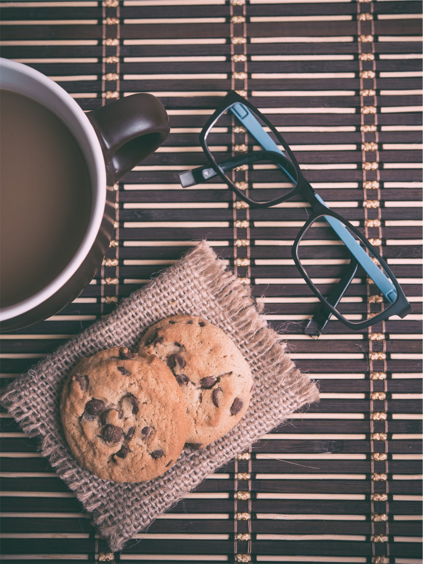 Tasse, Kaffee, Cookies, Sonnenbrille, Frühstück - Wallpaper HD - Prof.-falken.com