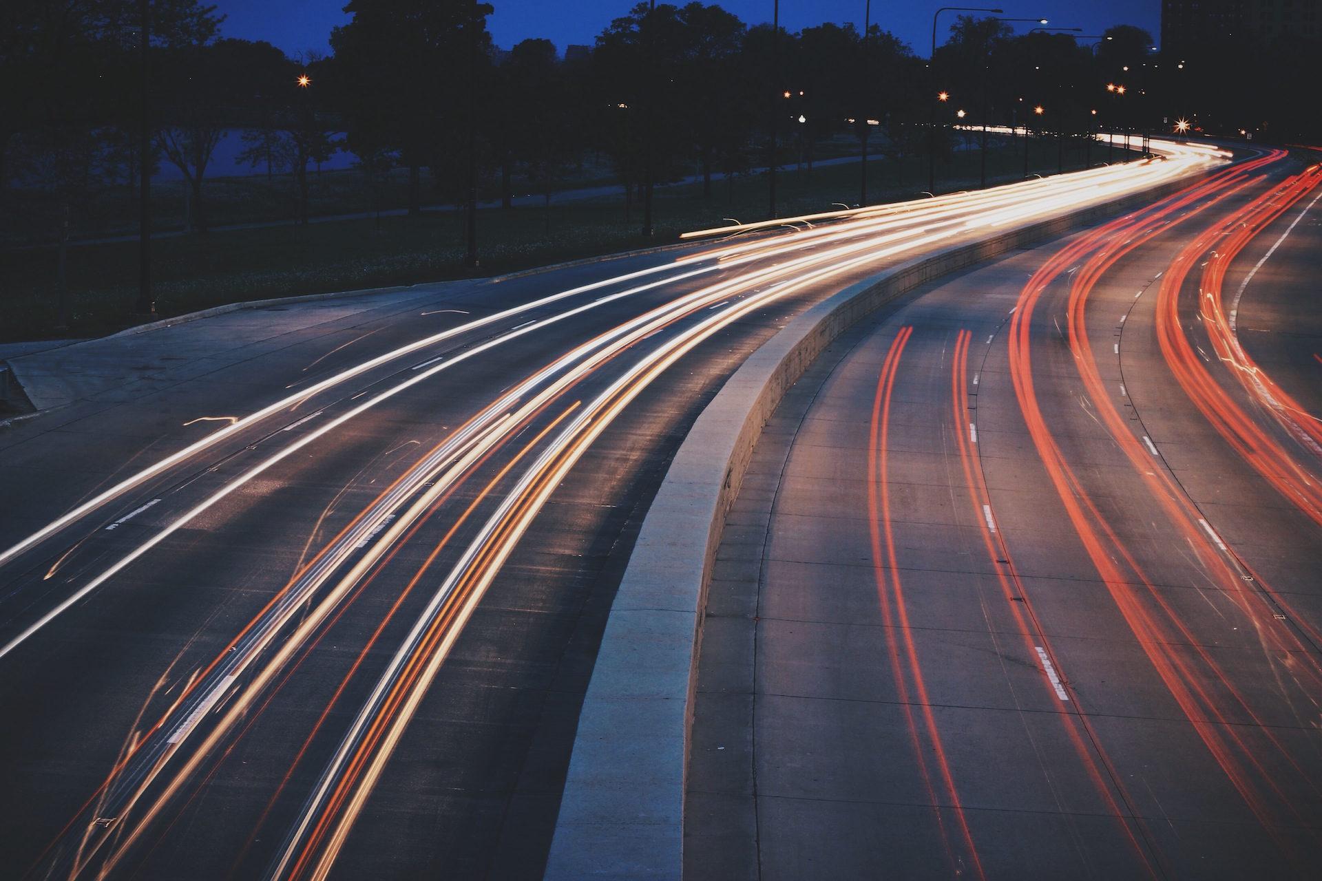 tráfego, à noite, Carros, luzes, halos - Papéis de parede HD - Professor-falken.com