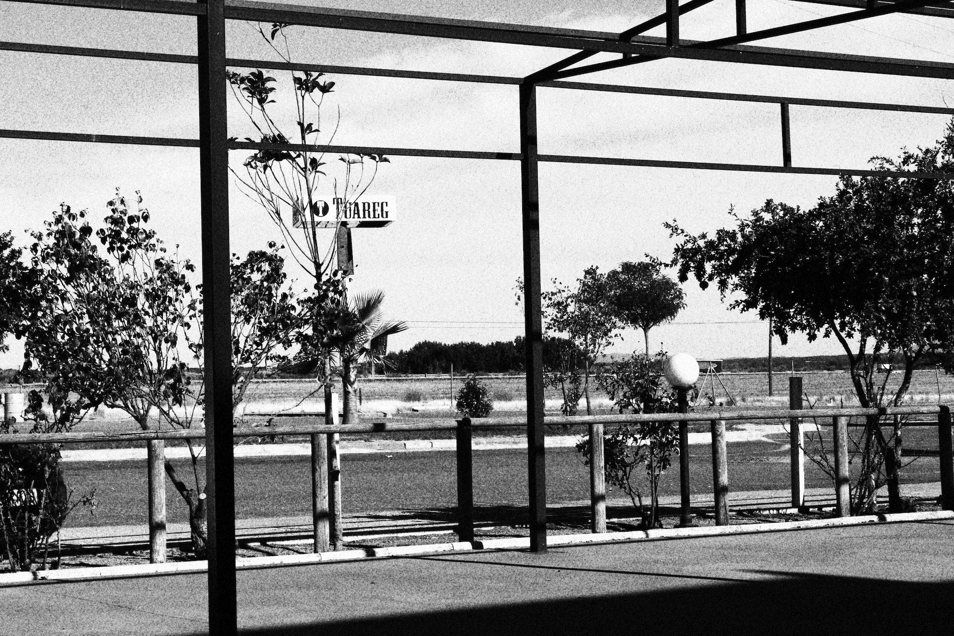 viagens, Estrada, distância, Pare, em preto e branco - Papéis de parede HD - Professor-falken.com