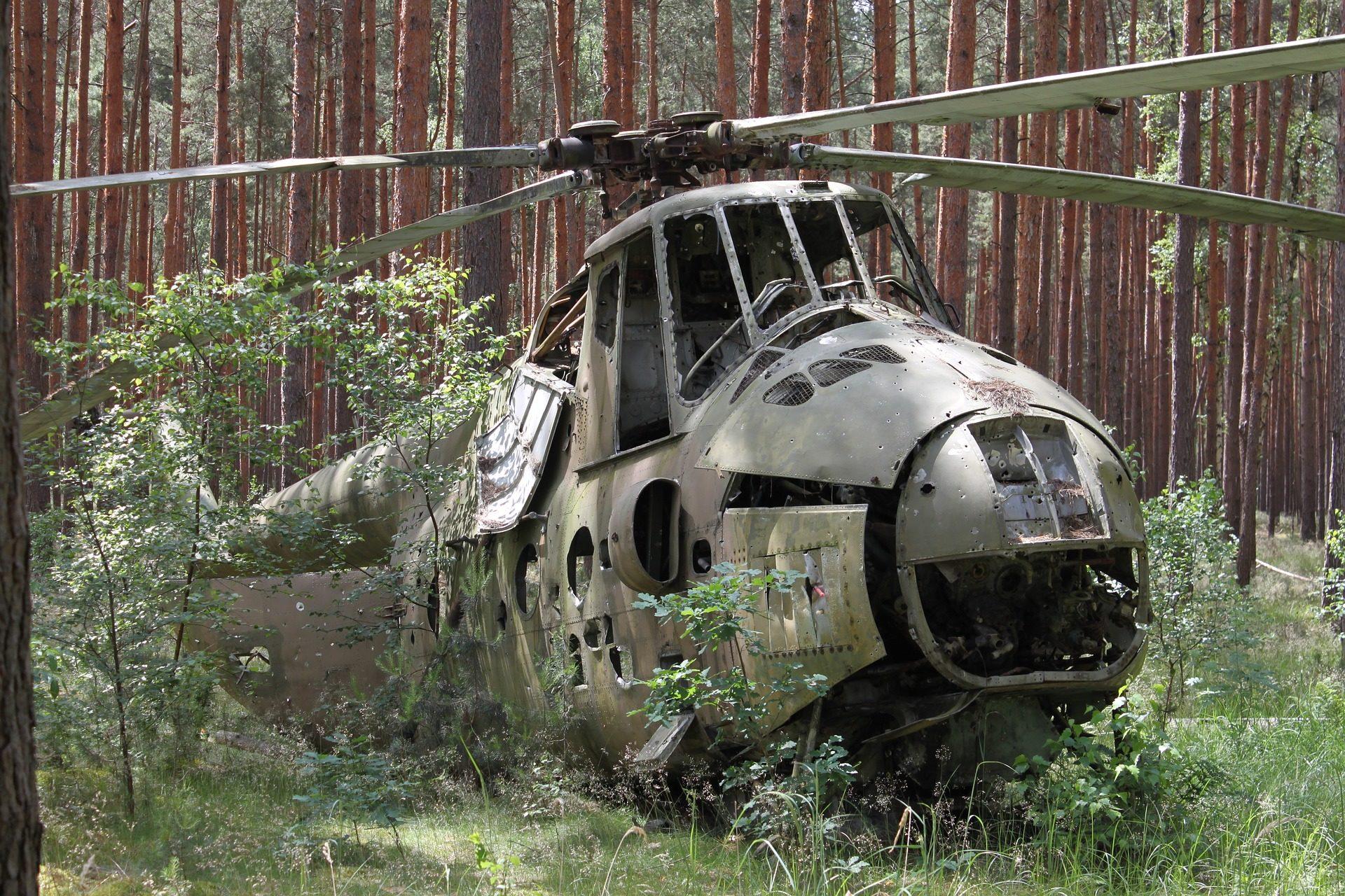 hélicoptère, militaire, guerre, Forest, abandonné - Fonds d'écran HD - Professor-falken.com