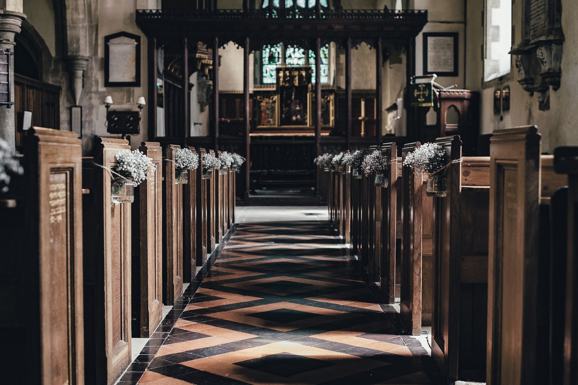 iglesia, bancos, altar, madera, adornos - Fondos de Pantalla HD - professor-falken.com