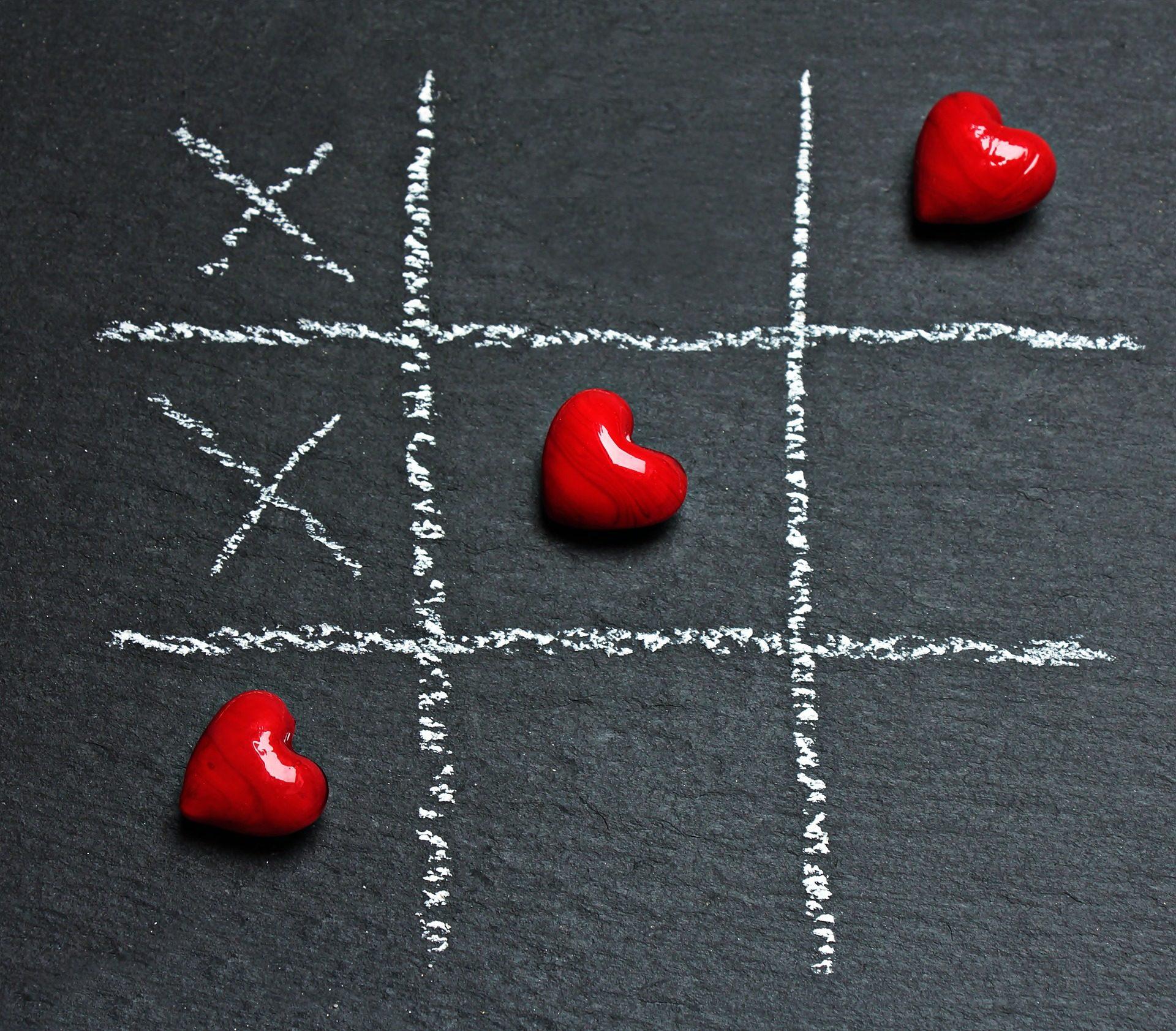τρία στη σειρά, καρδιά, παιχνίδι, Κιμωλία, Χειροποίητη, χώμα - Wallpapers HD - Professor-falken.com
