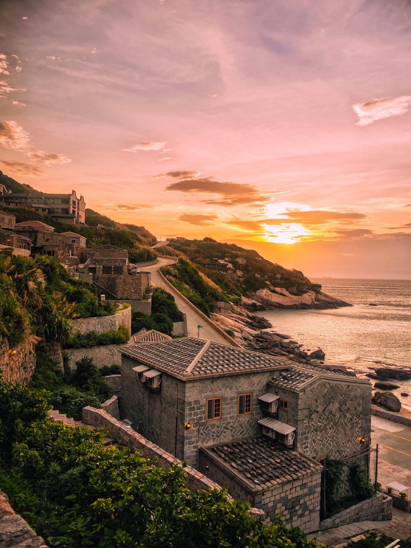 χωριό, Θάλασσα, Βουνό, Ηλιοβασίλεμα, Κυρ, Νήσοι Ματσού, Ταϊβάν - Wallpapers HD - Professor-falken.com