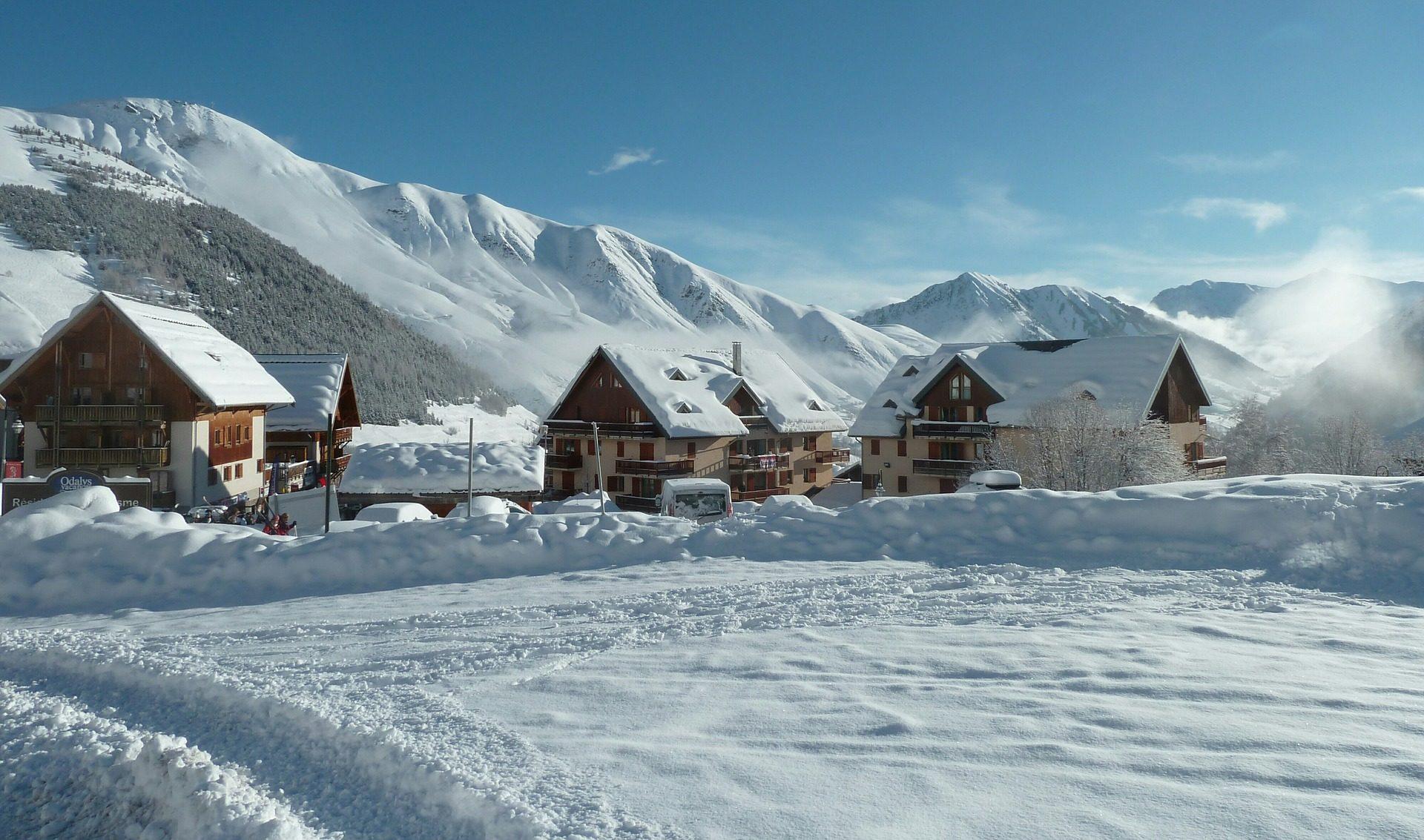 فيلا, pueblo, قرية, نيفادا, الثلج, فصل الشتاء, الجبال, سانت سورلين هذا من - خلفيات عالية الدقة - أستاذ falken.com