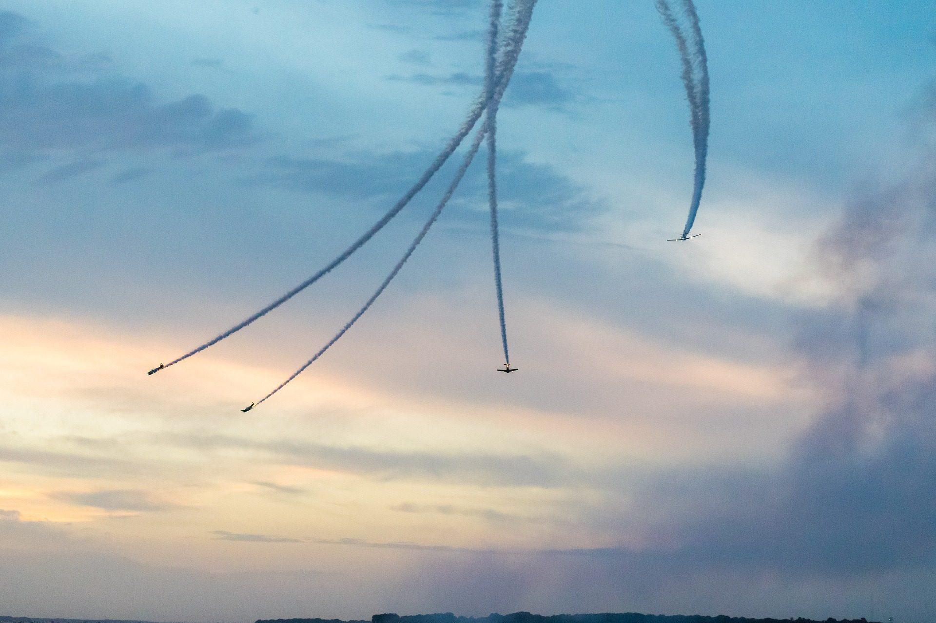 飞机, 石柱, 天空, 显示, 轻型飞机, 云彩 - 高清壁纸 - 教授-falken.com