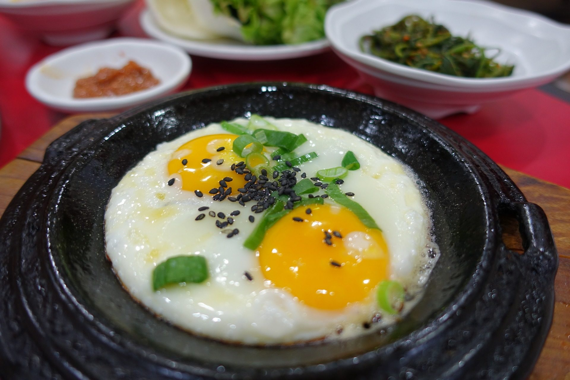 huevos, fritos, yemas, aderezos, cuenco, gastronomía - Fondos de Pantalla HD - professor-falken.com