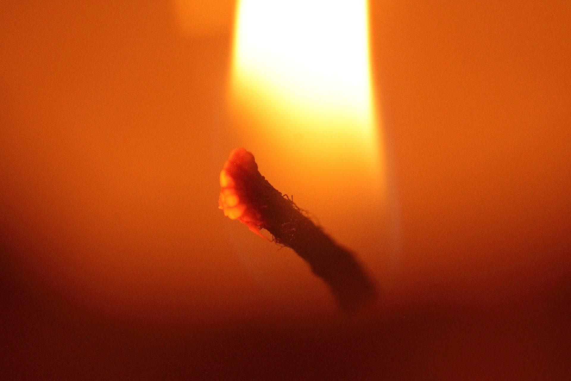 называется, Свеча, огонь, Вика, свет, жара - Обои HD - Профессор falken.com