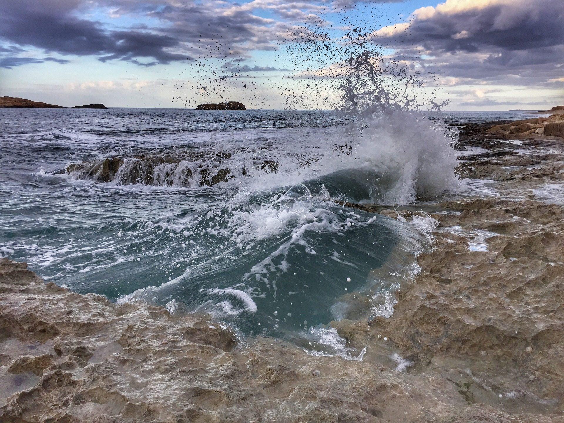 Море, Пляж, olas, волны, камни, Кирена, Ливия - Обои HD - Профессор falken.com
