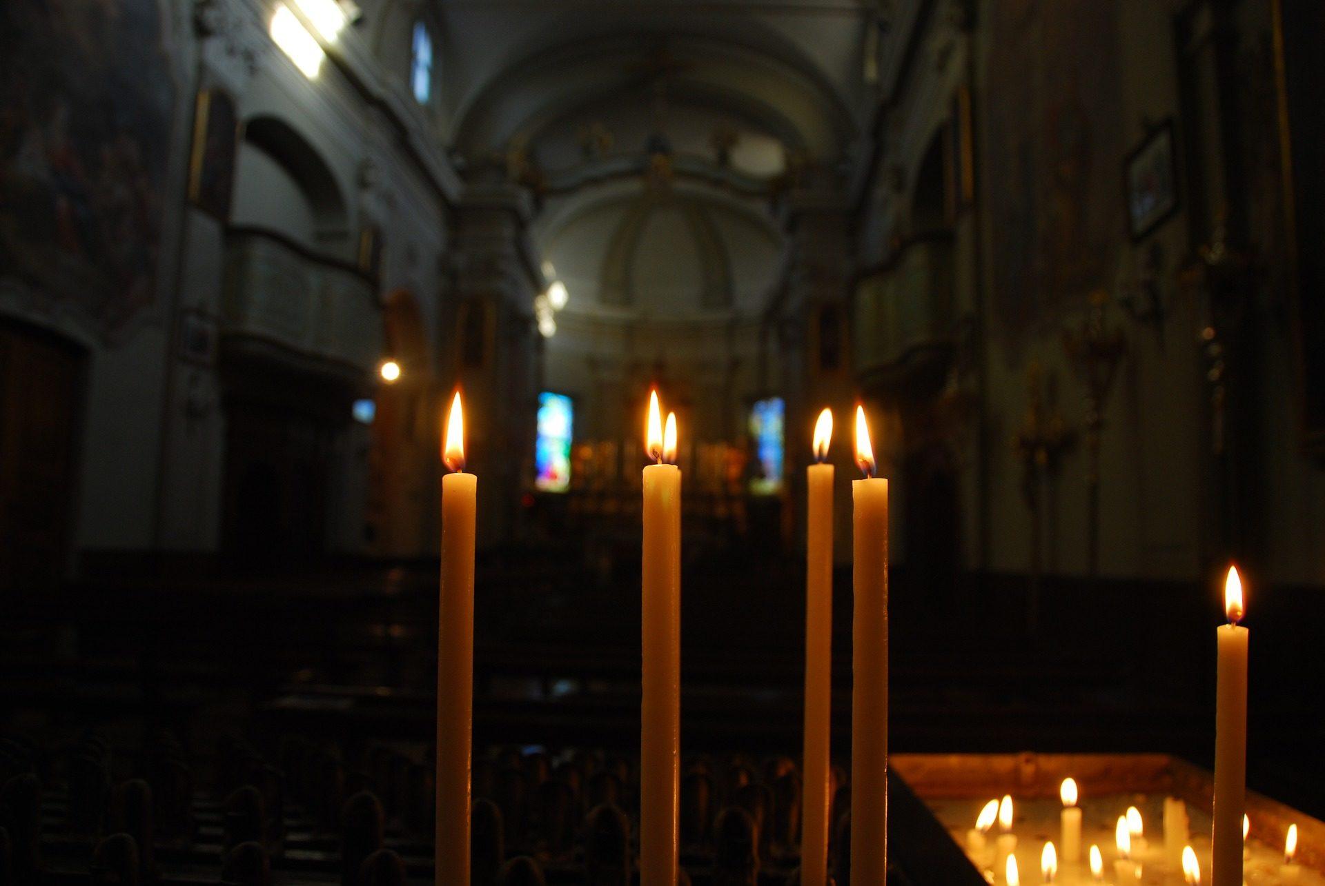 κεριά, Εκκλησία, Ναός, προσευχή, φως, φλόγα - Wallpapers HD - Professor-falken.com