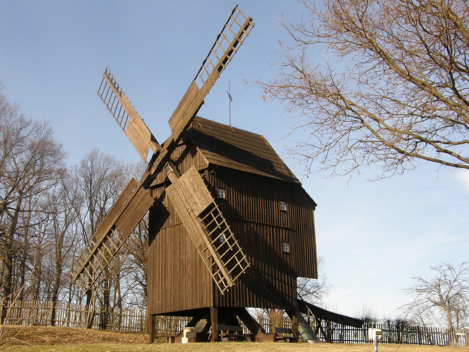 Fondo de pantalla de molino viento aspas madera for Piscina molino de viento y sombrilla