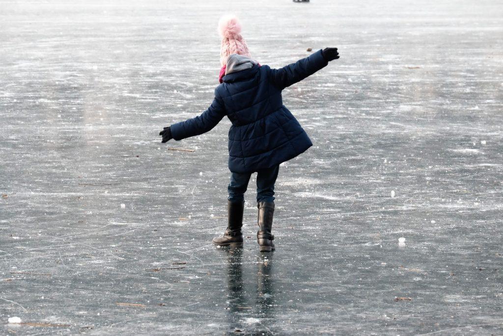 niña, 女の子, 湖, アイスクリーム, resbaladizo, equilibrio, 1703281538
