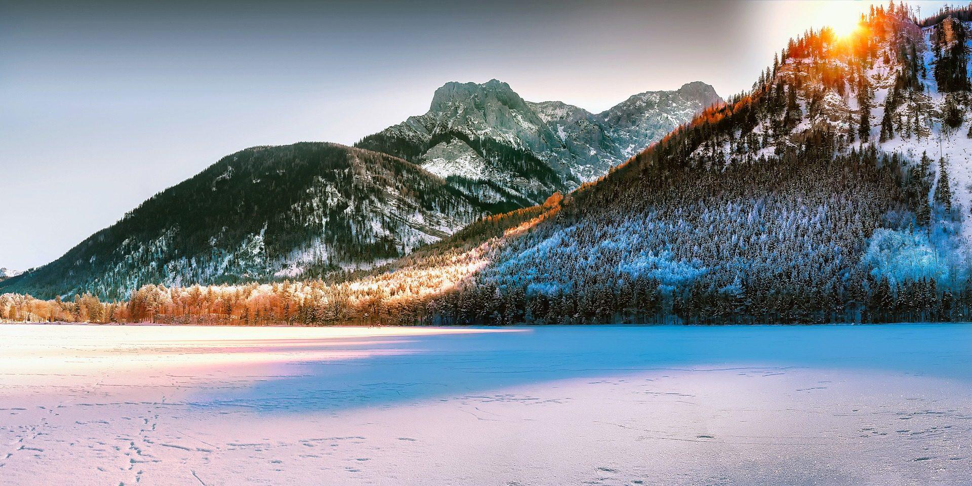 Montañas, χιονόπτωση, χιόνι, Αυγή, Λίμνη, παγωτό, Κυρ, ακτίνες - Wallpapers HD - Professor-falken.com
