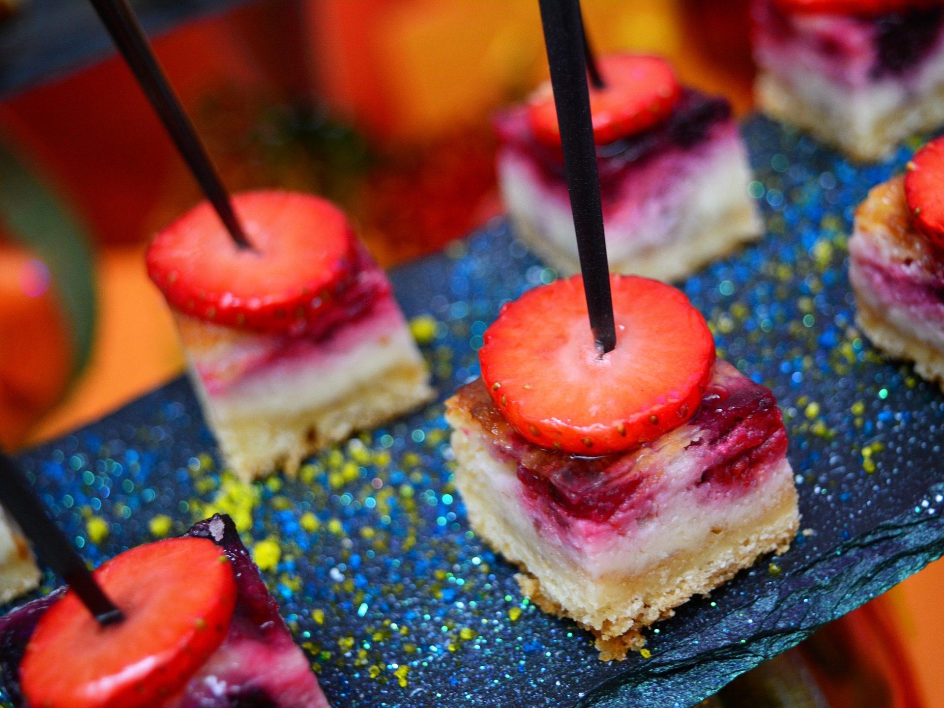 串, 部分, tarta, イチ�ケーキstel, デザート - HD の壁紙 - 教授-falken.com