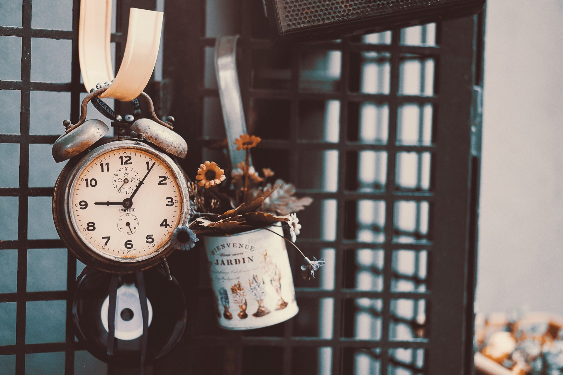 Uhr, Wecker, Topf, Zinn, Recycling, Retro, Jahrgang - Wallpaper HD - Prof.-falken.com