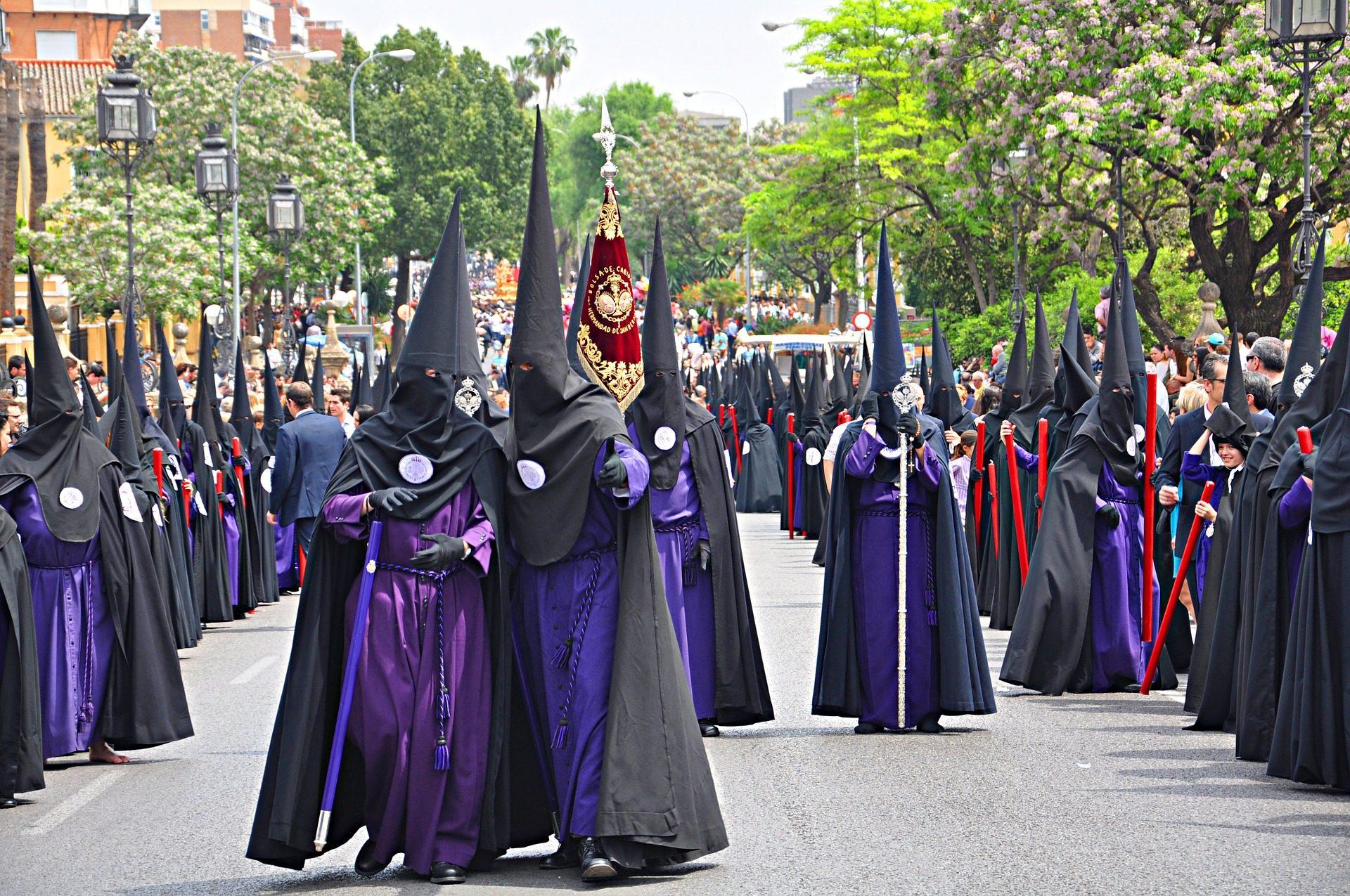 Ostern, Prozession, Bruderschaft, Nazarener, Das Christentum, Sevilla, Spanien - Wallpaper HD - Prof.-falken.com