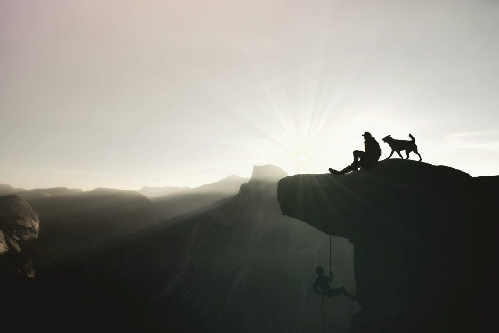 escalada, montaña, pico, sombras, hombres, perro, sol, siluetas, 1705181035