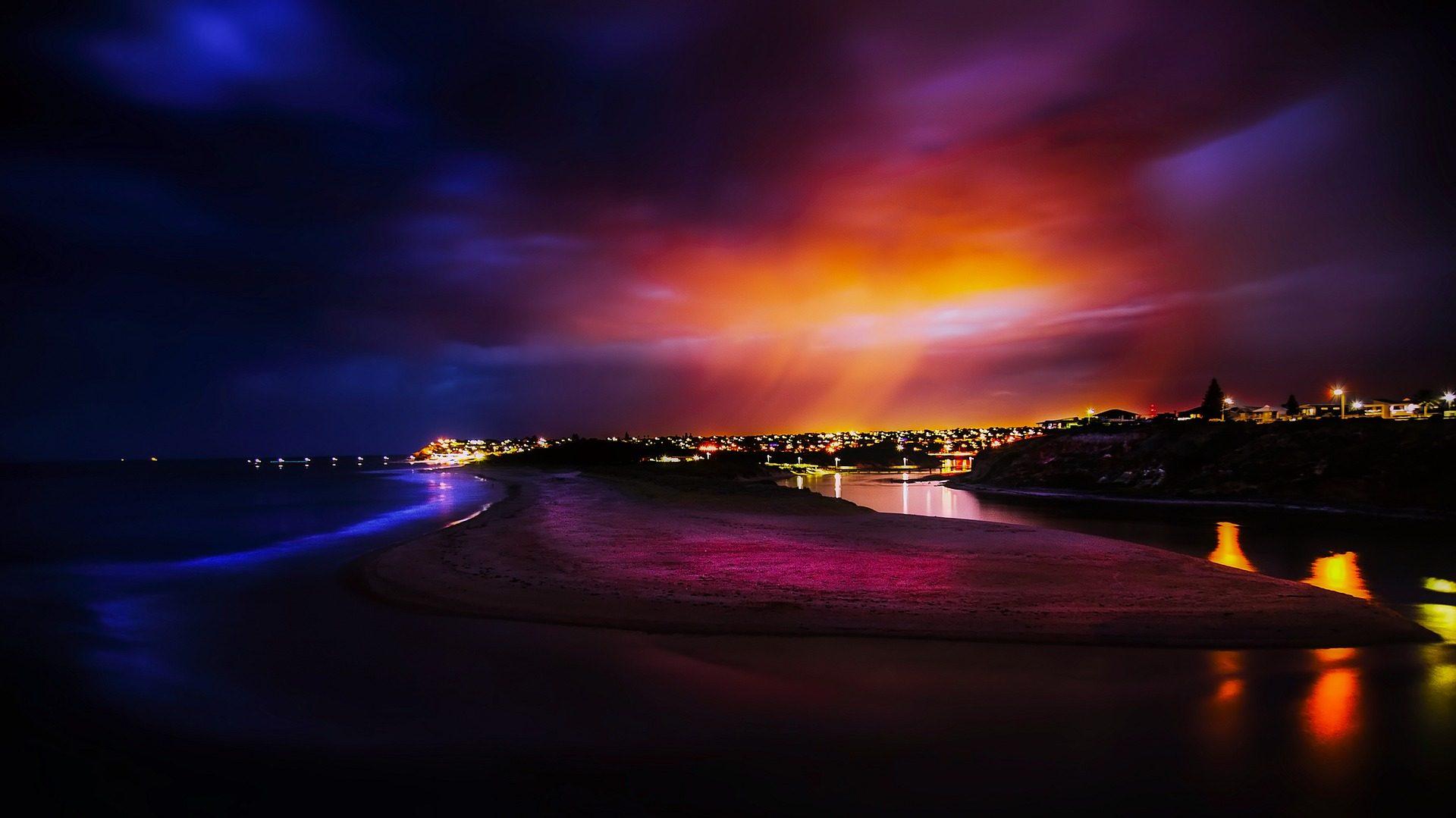anochecer, ciudad, luces, lejanía, halos, cielo, colorido, nubes - Fondos de Pantalla HD - professor-falken.com