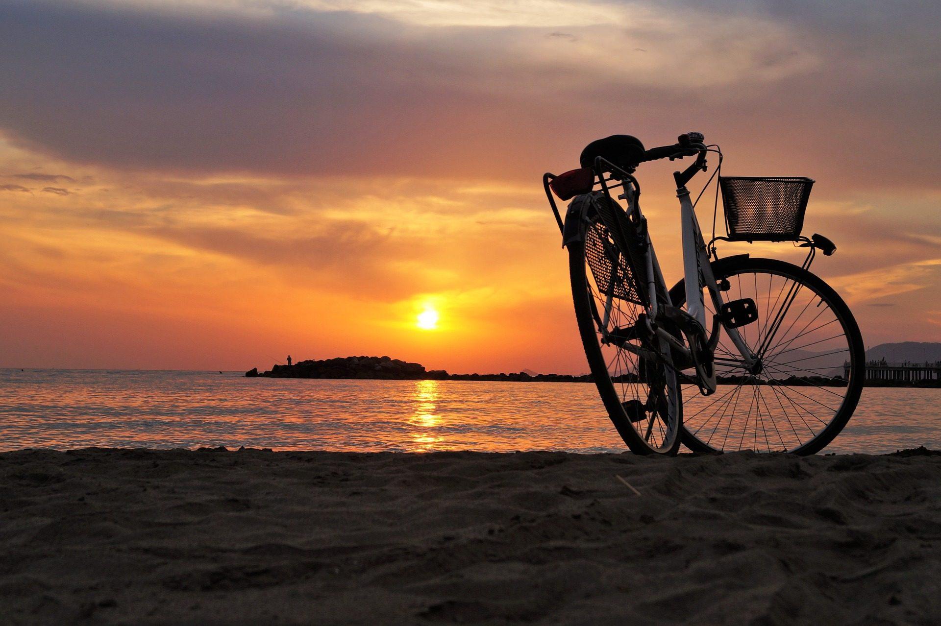 ποδήλατο, Παραλία, Άμμος, Ηλιοβασίλεμα, Θάλασσα, Χαλαρώστε - Wallpapers HD - Professor-falken.com