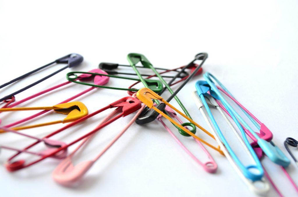 imperdibles, ganchos, coloridos, metálicos, pinchos, 1706221701
